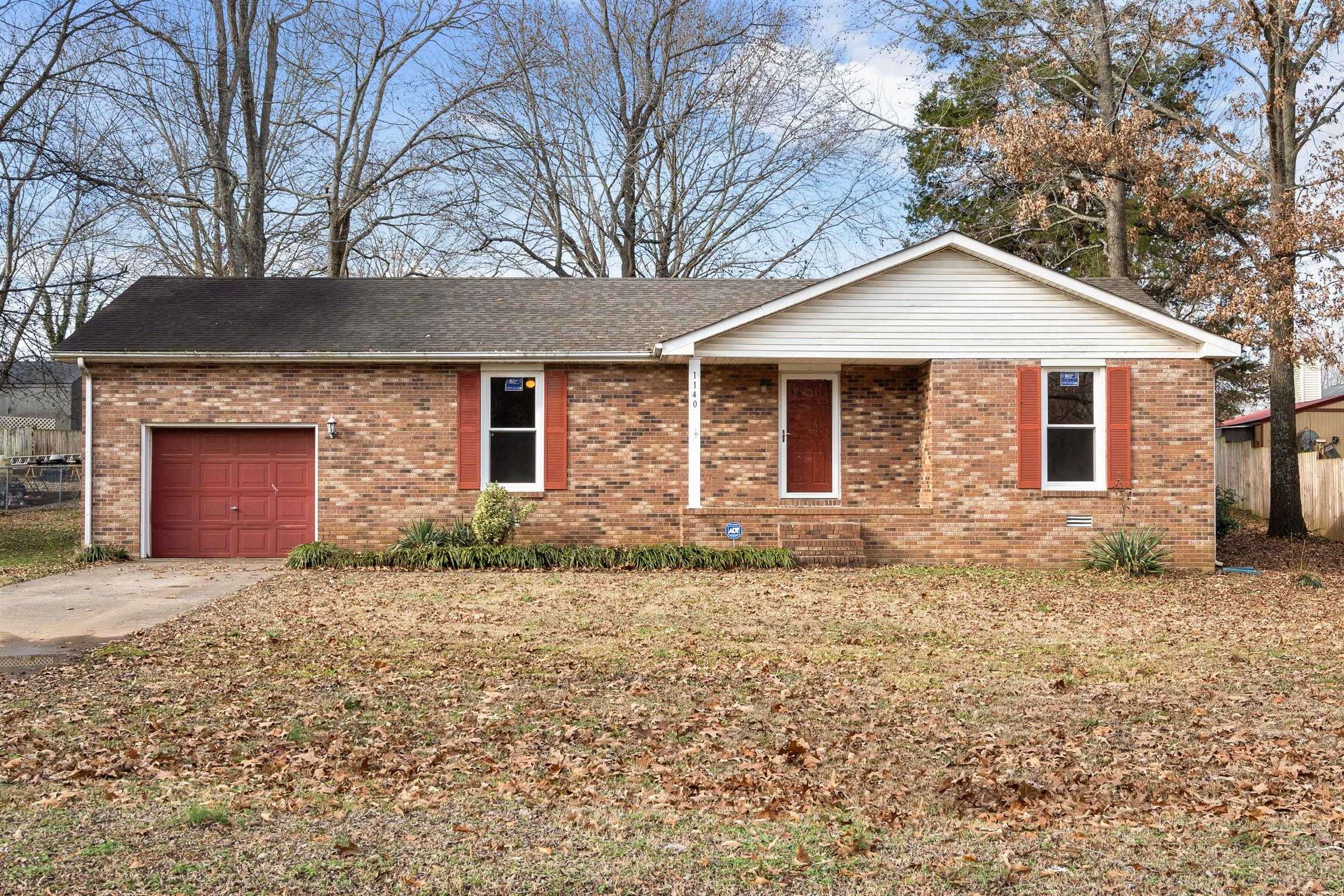 1140 Peachers Mill Rd, Clarksville in Montgomery County County, TN 37042 Home for Sale