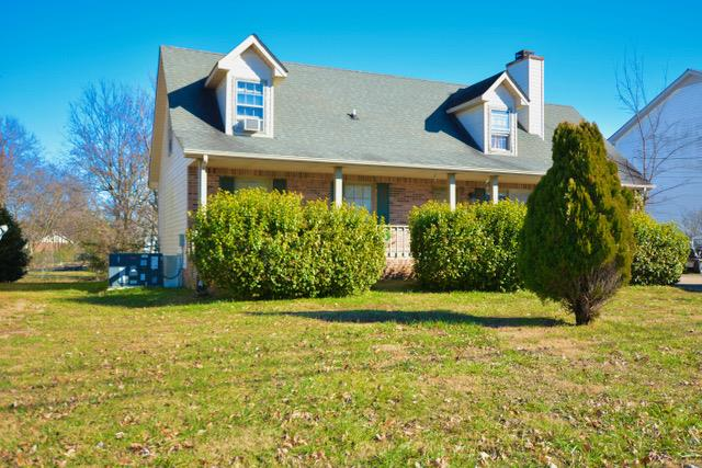 979 Peachers Mill Rd, Fort Campbell in Montgomery County County, TN 37042 Home for Sale