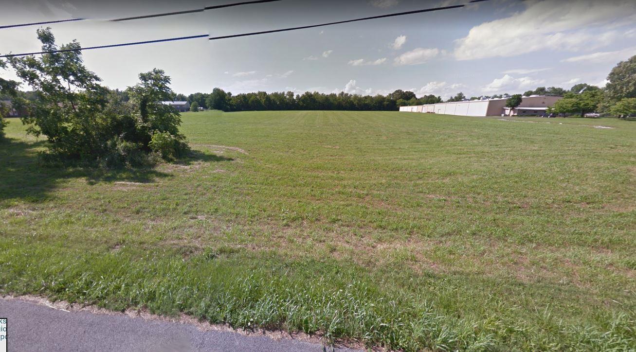 1 Airport Rd Clarksville, TN 37042