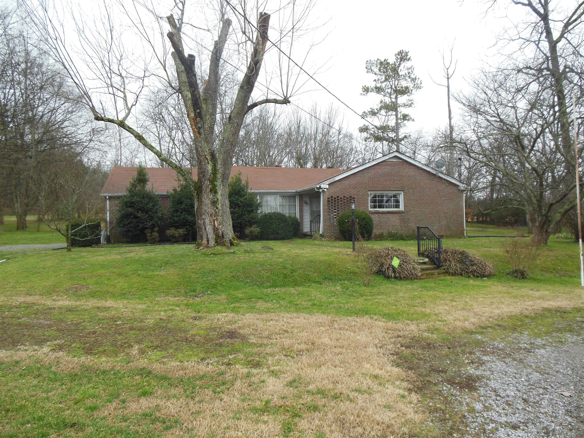 216 Hatchett Hollow Rd Cornersville, TN 37047