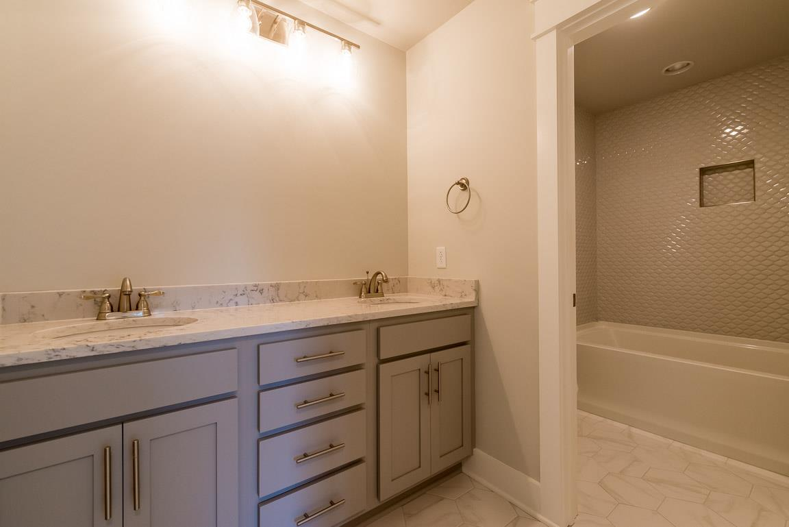 5500 Browns Mill - photo 18