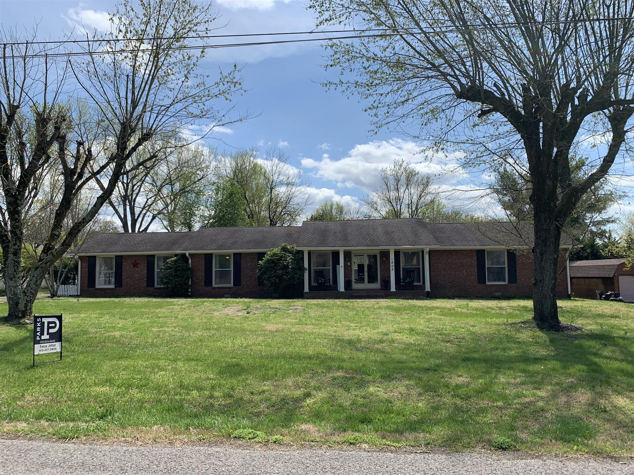 1803 W LORI LEE DR, Gallatin, Tennessee