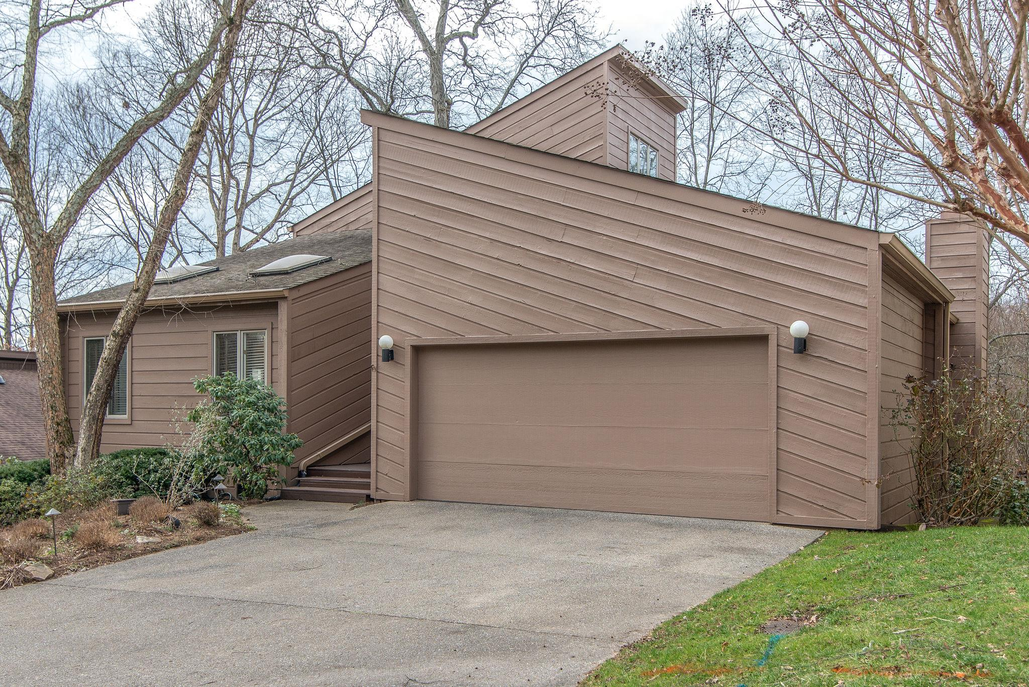 557 Harpeth Trace Dr, Bellevue, Tennessee