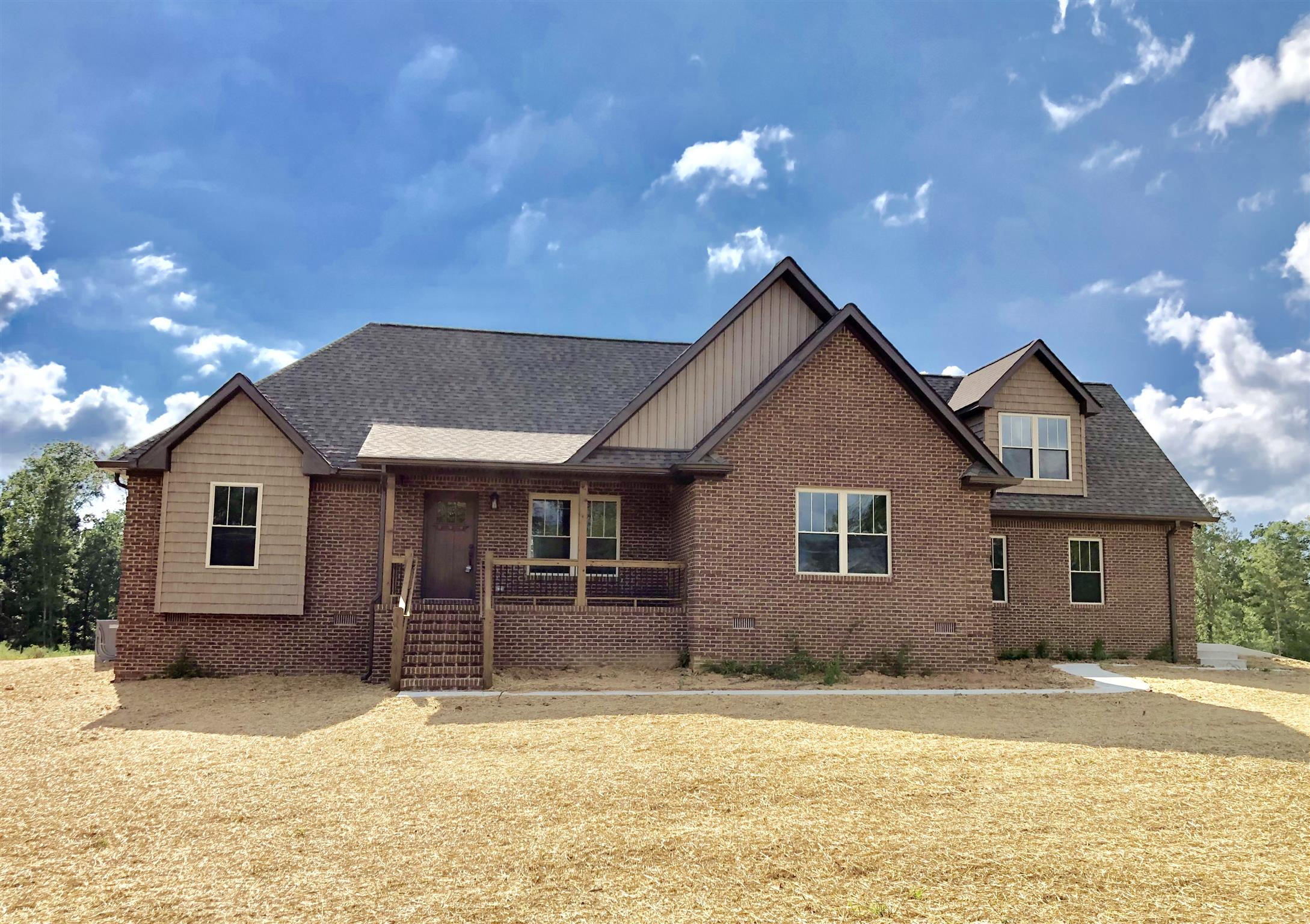 23 Bunting Ln. Summertown, TN 38483