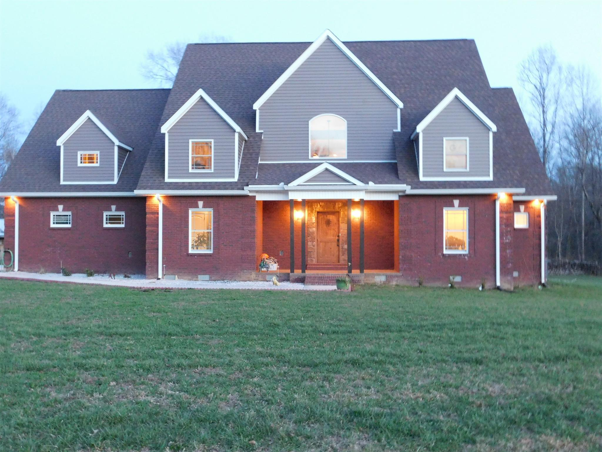 11 Walnut Creek Dr, one of homes for sale in Manchester