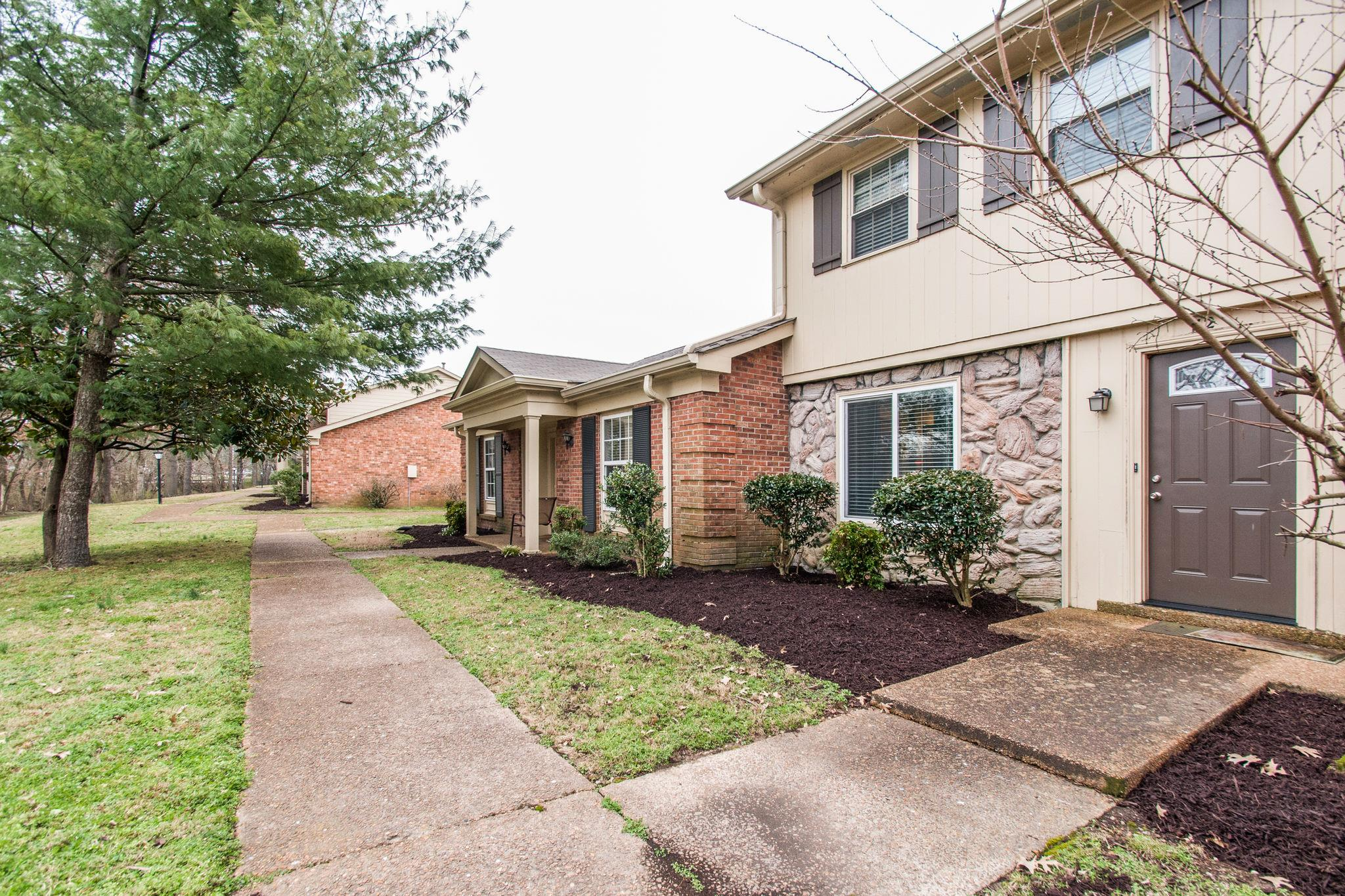 8207 Sawyer Brown Rd Apt F2, Bellevue in Davidson County County, TN 37221 Home for Sale