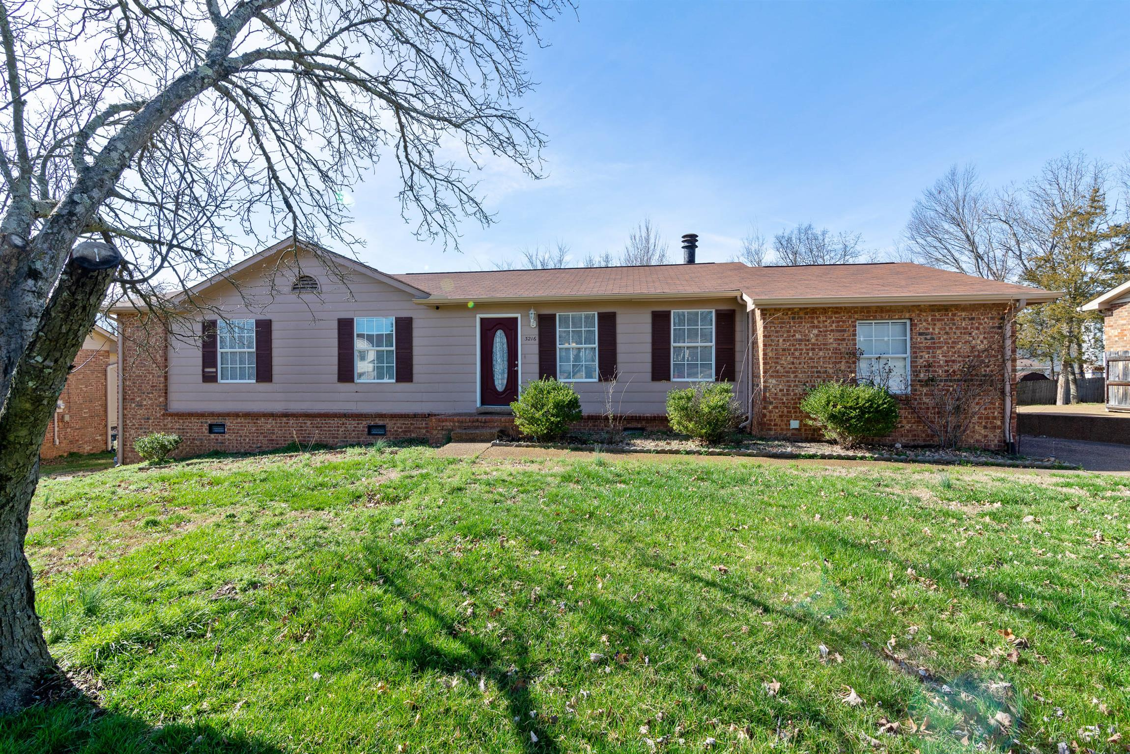 3216 Autumn Dr, Nashville-Antioch in Davidson County County, TN 37013 Home for Sale