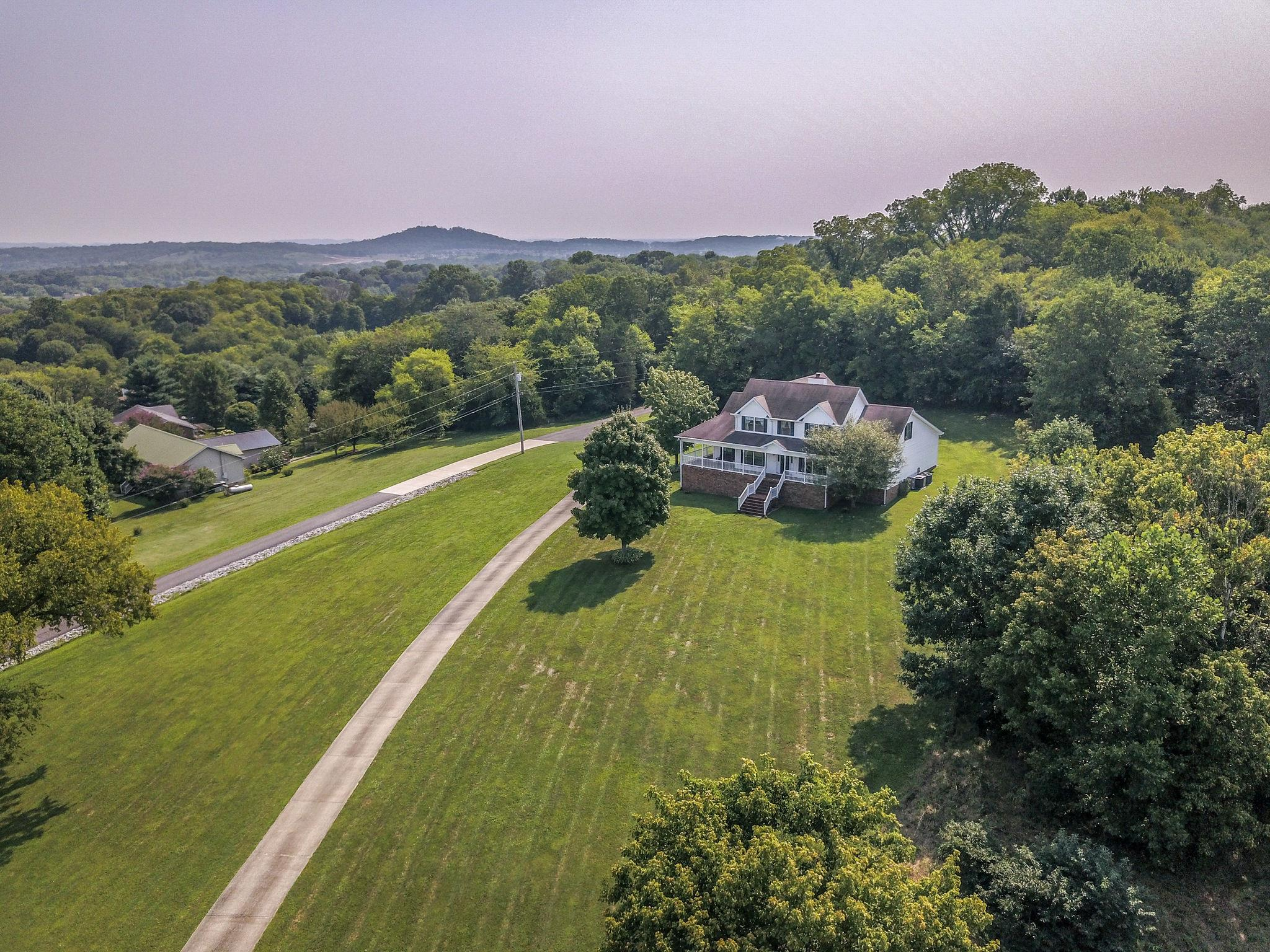 2589 Long Hollow Pike, Hendersonville, Tennessee