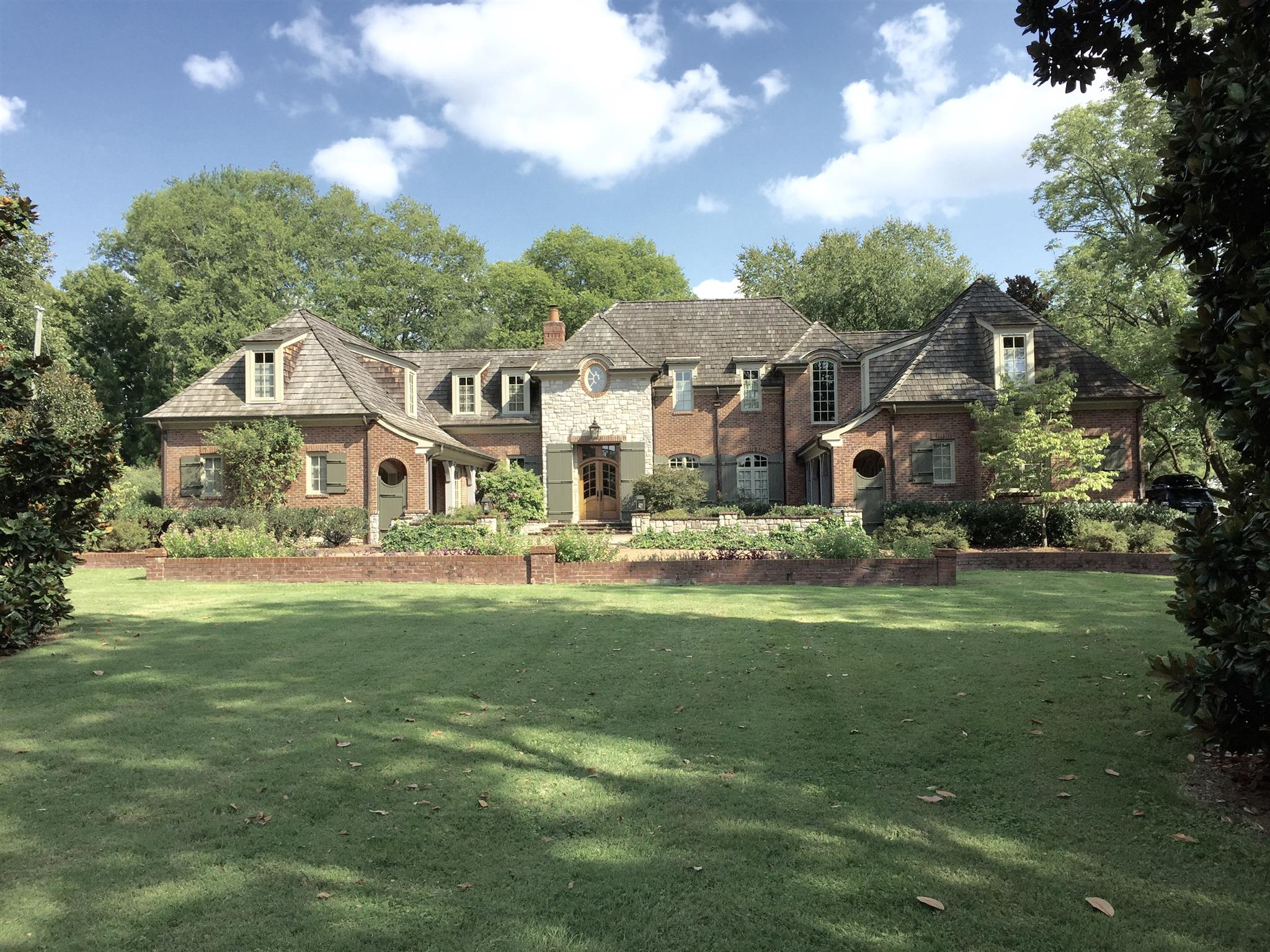 828 Belle Meade Blvd, Belle Meade in Davidson County County, TN 37205 Home for Sale