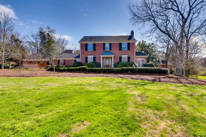 1159 Gateway Ln, Nashville-Southeast, Tennessee 5 Bedroom as one of Homes & Land Real Estate