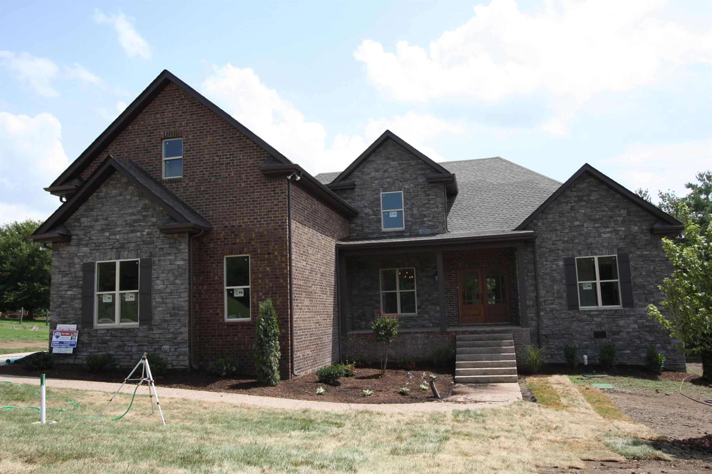 2010 Eagle View Rd 37075 - One of Hendersonville Homes for Sale