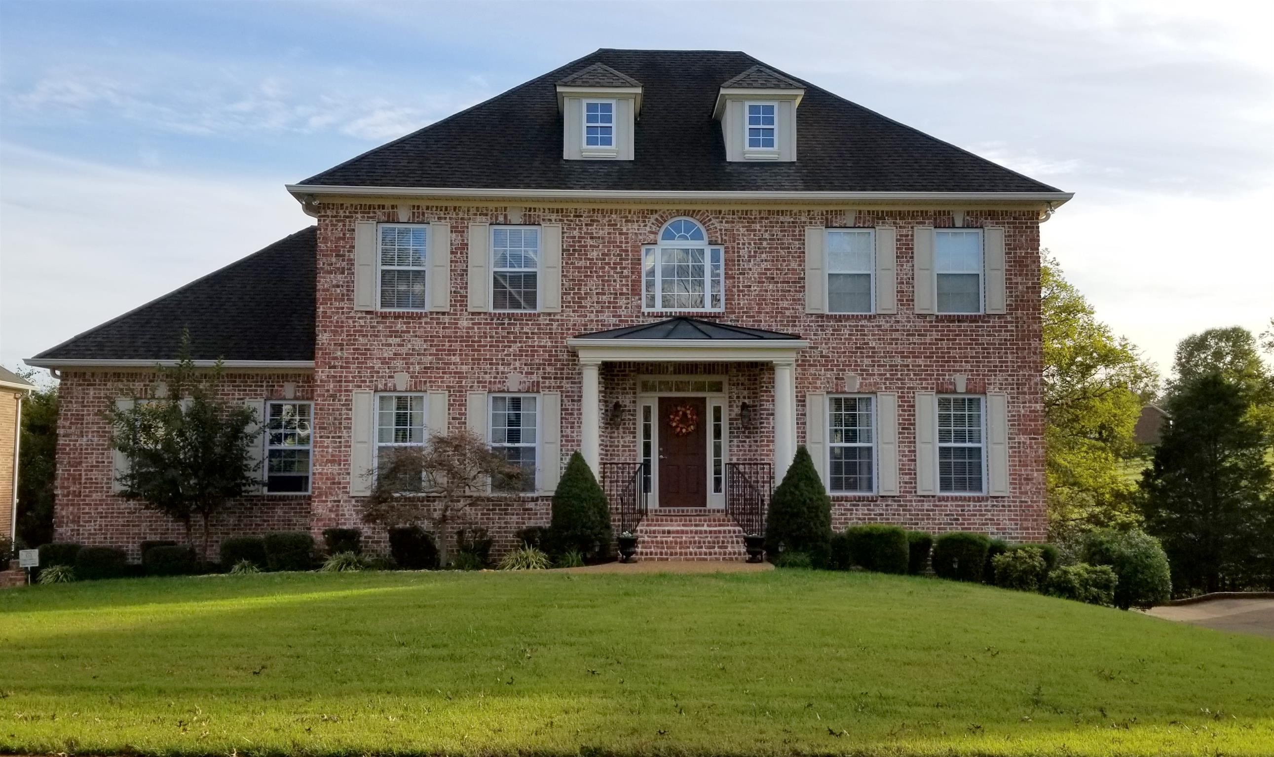 1018 Island Brook Dr 37075 - One of Hendersonville Homes for Sale