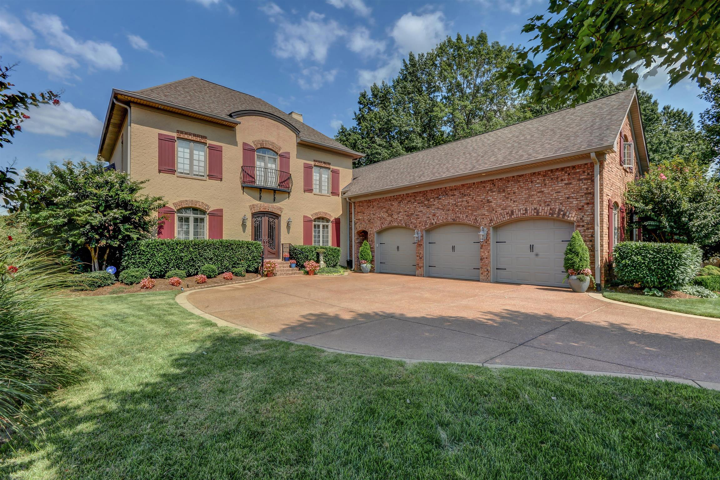 900 Plantation Way, one of homes for sale in Gallatin