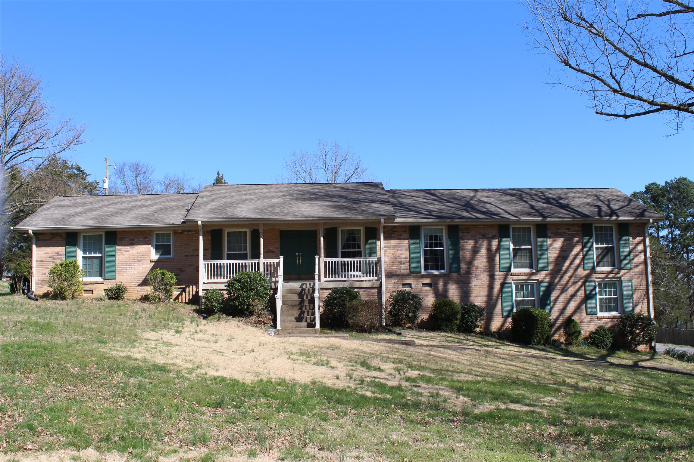 105 Cherry Hill Dr, Hendersonville, Tennessee