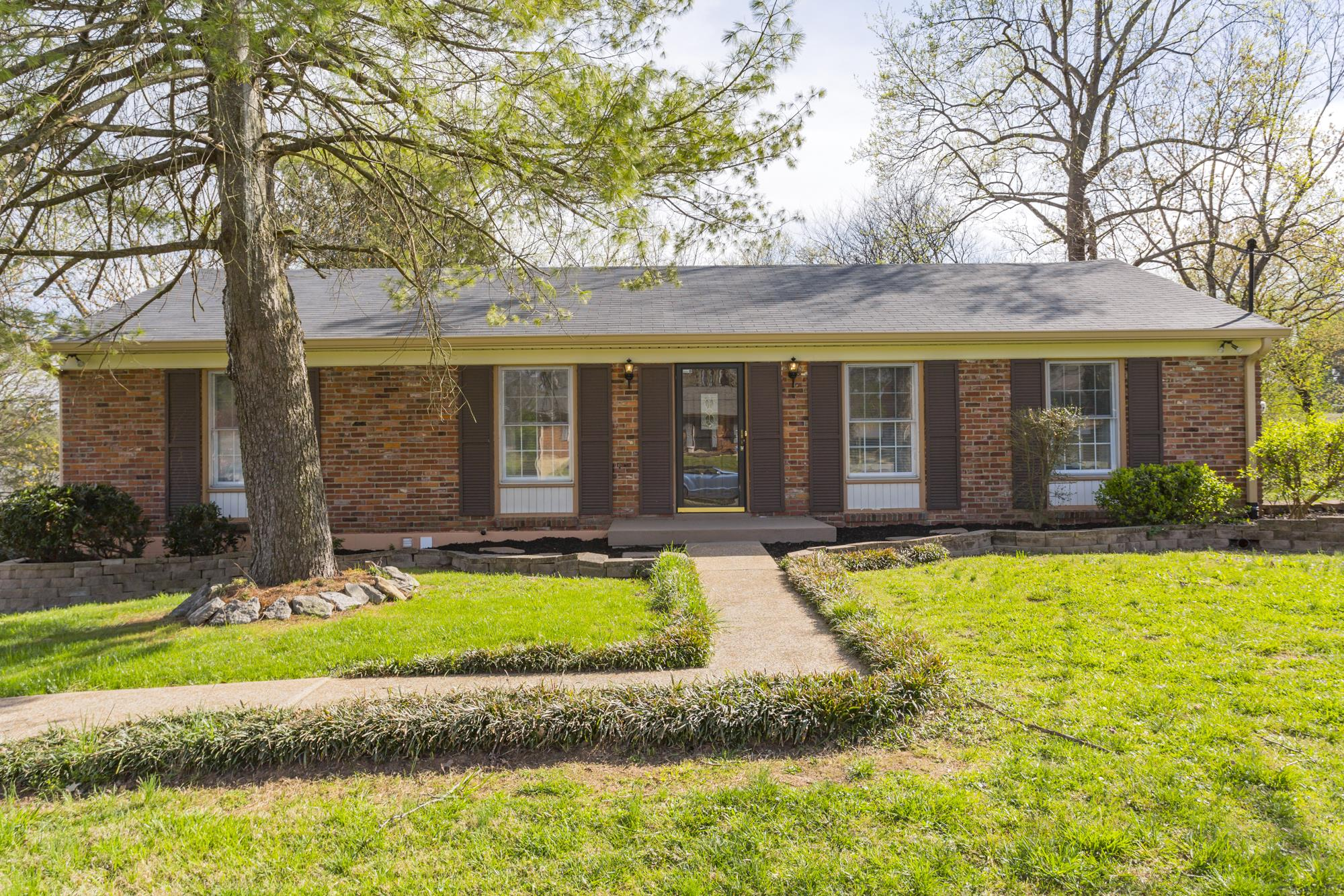 203 Garrett Dr, Crieve Hill, Tennessee 4 Bedroom as one of Homes & Land Real Estate
