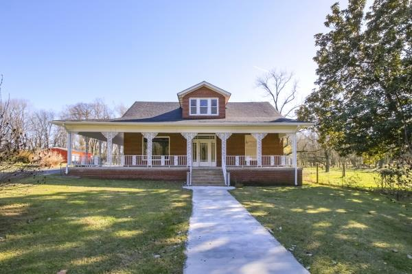 660 Southport Rd Mount Pleasant, TN 38474