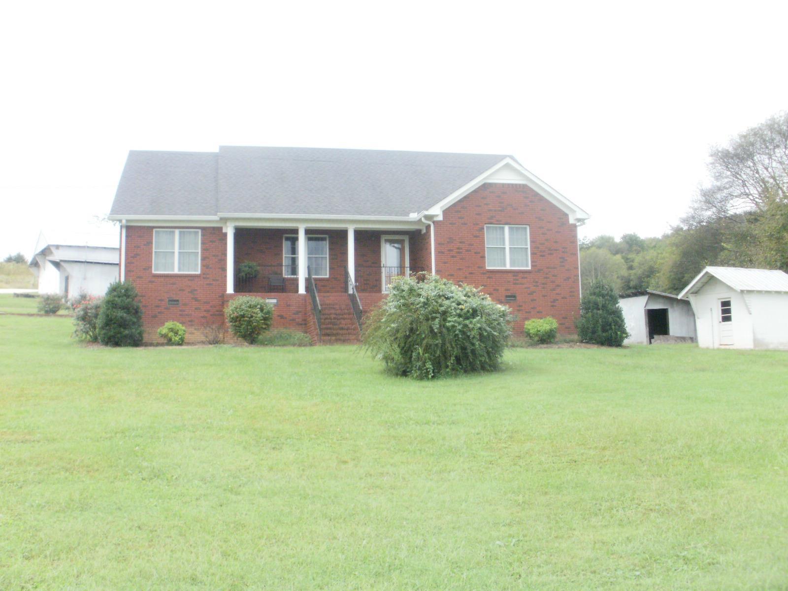 2701 Charity Rd Fayetteville, TN 37334