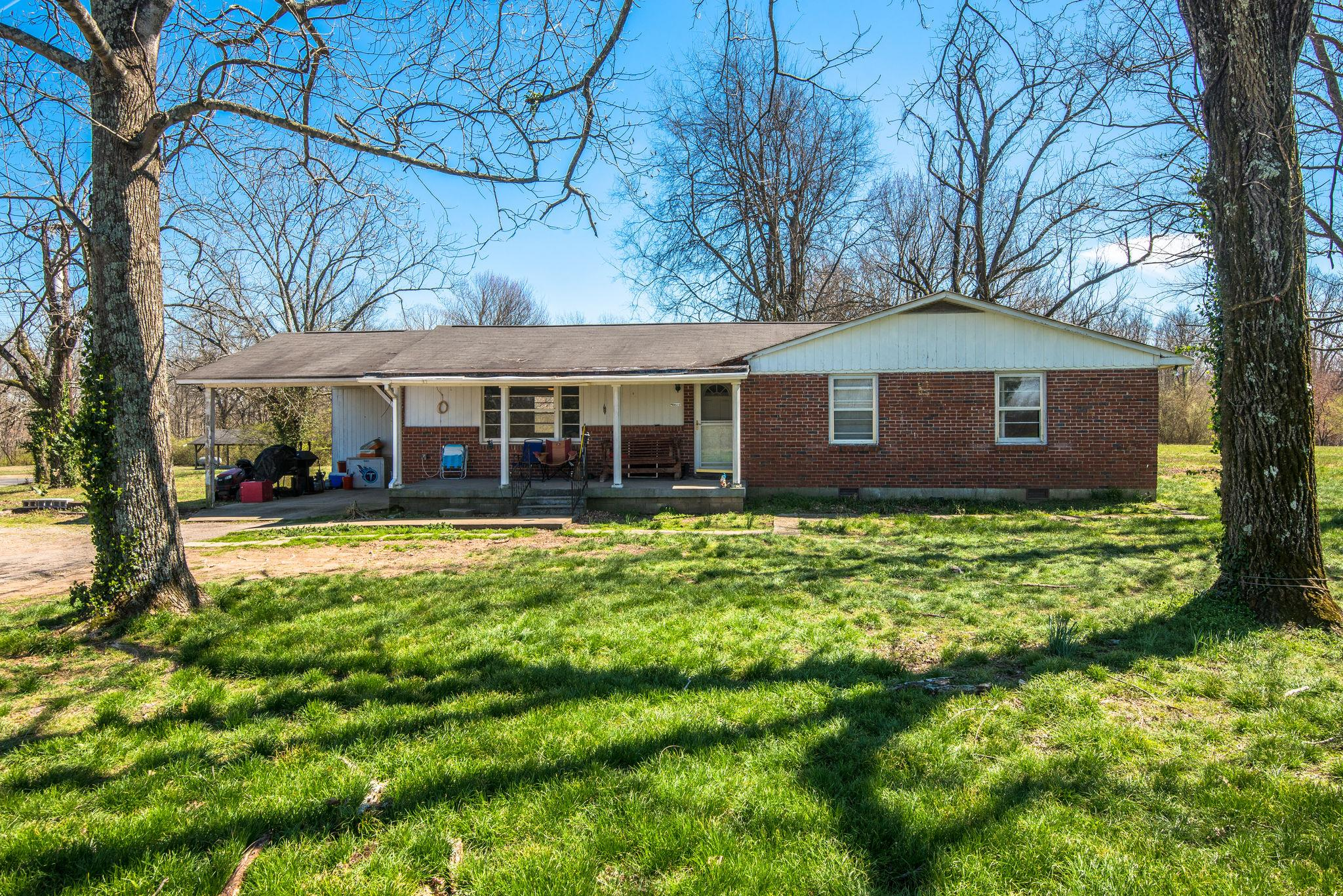 8671 Old Charlotte Pike Pegram, TN 37143