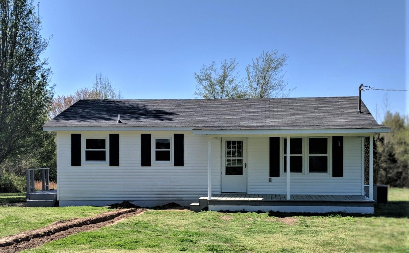 2420 HAWKERSMITH RD, Manchester, Tennessee