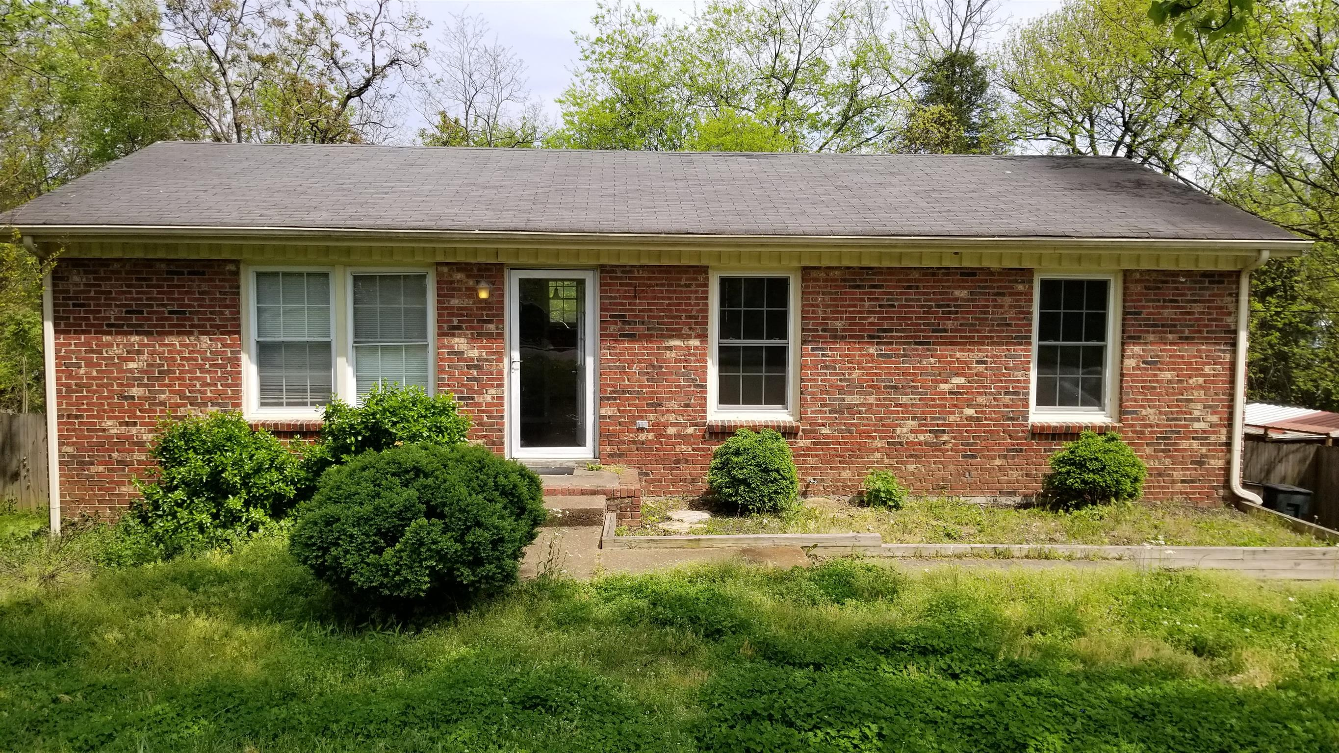 104 Robert Yoest Dr, Nashville-Antioch in Davidson County County, TN 37013 Home for Sale