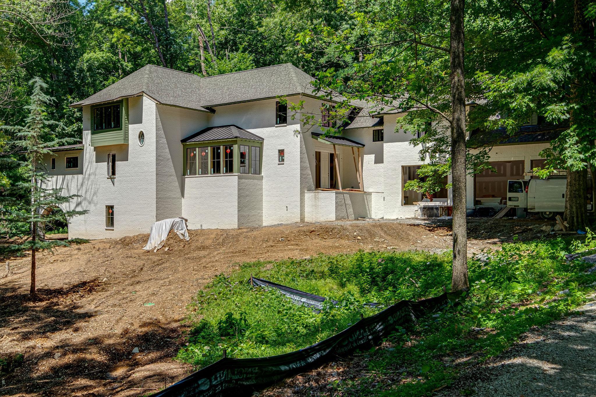1056 Parkwood Ter, Nashville-Southeast, Tennessee 6 Bedroom as one of Homes & Land Real Estate