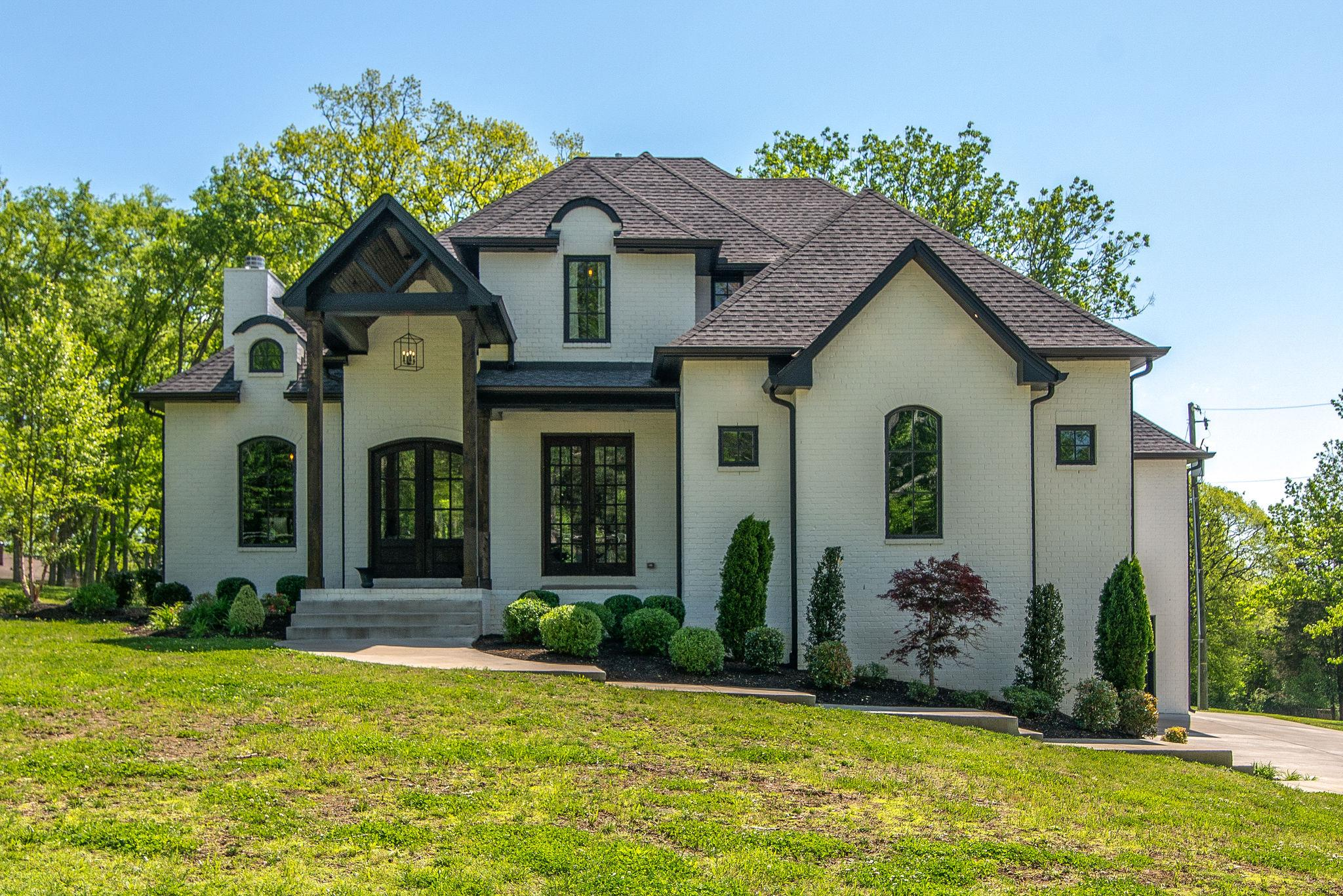 103 Cherry Hill Dr., Hendersonville, Tennessee