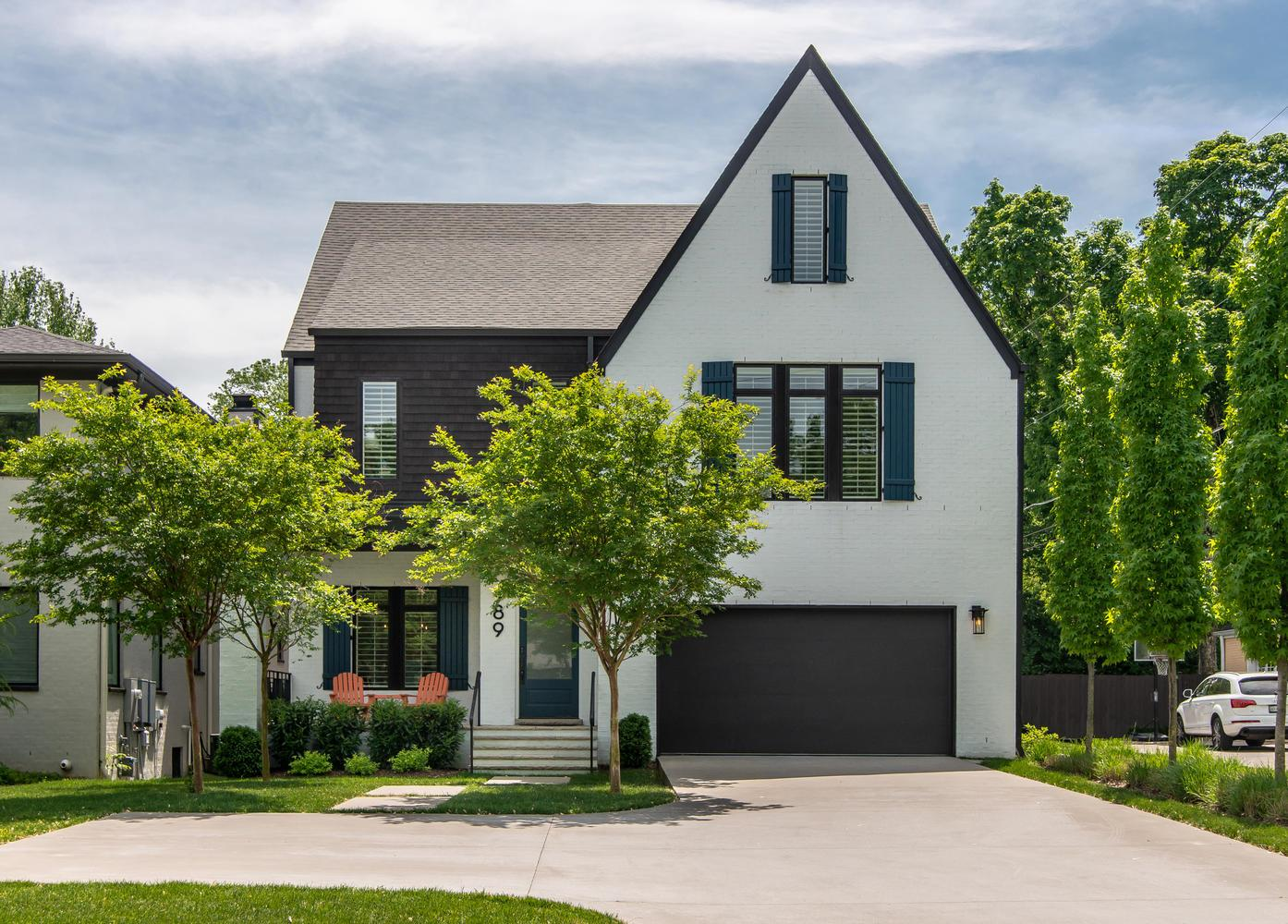 One of Nashville-Southeast 5 Bedroom Homes for Sale at 989 Greerland Dr