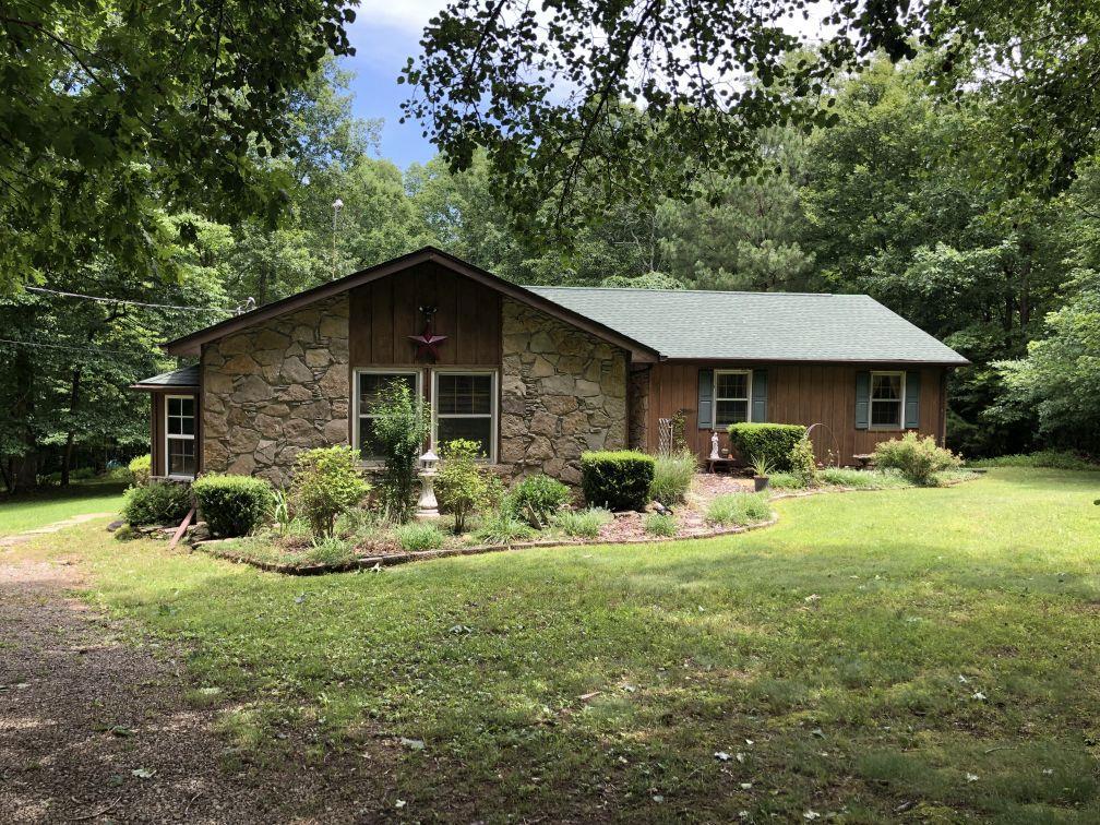 4135 Lewis Dr Centerville, TN 37033