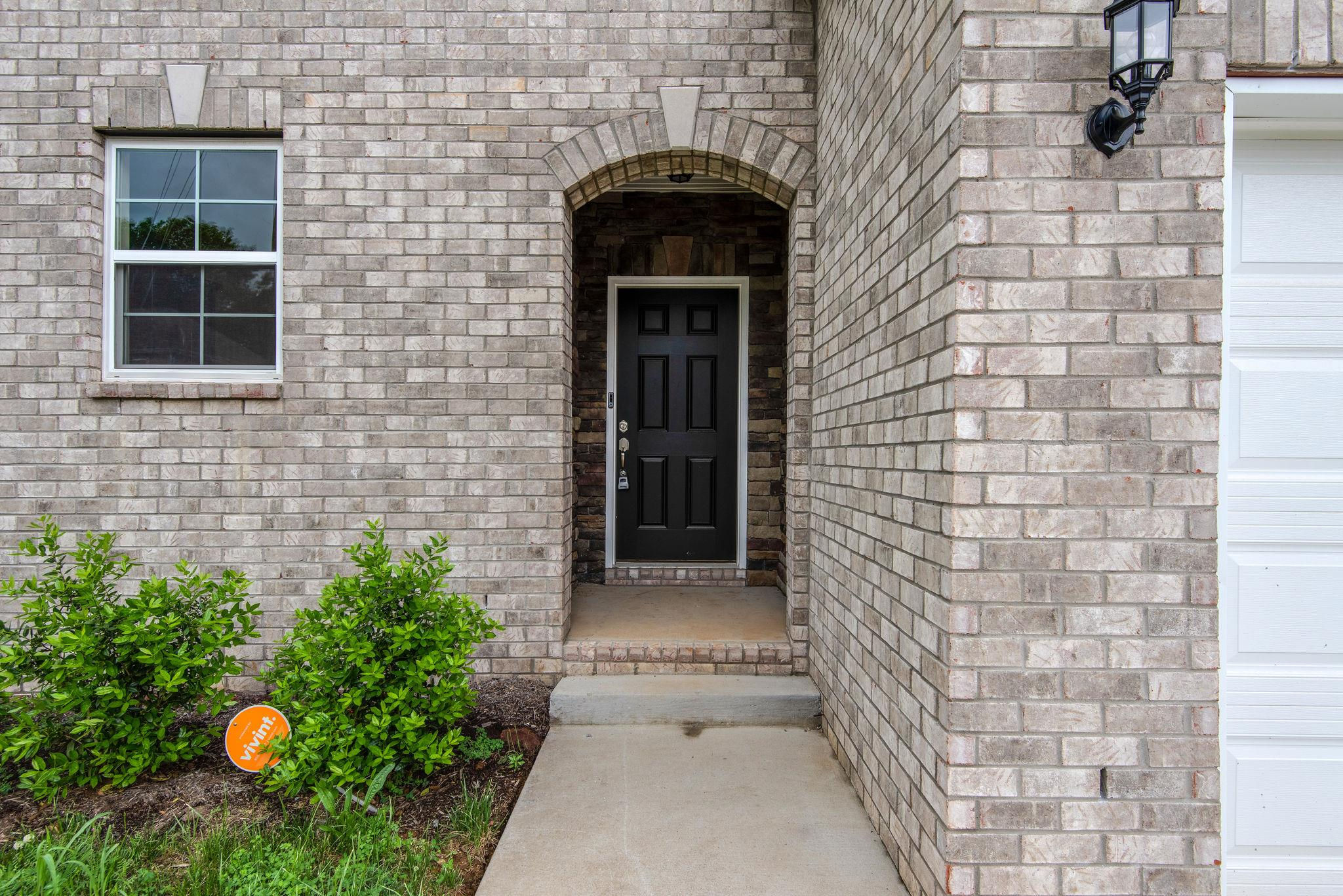 812 Pin Oak Dr, Nashville-Antioch in Davidson County County, TN 37013 Home for Sale