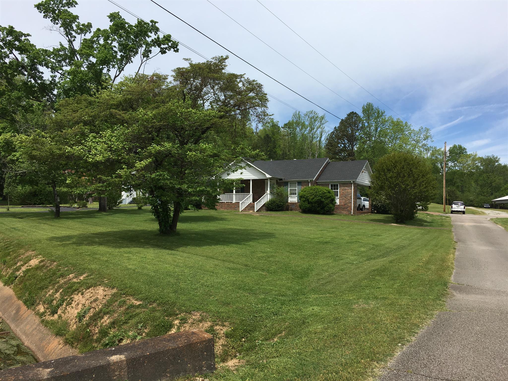 514 Hwy 64 West, W Waynesboro, TN 38485