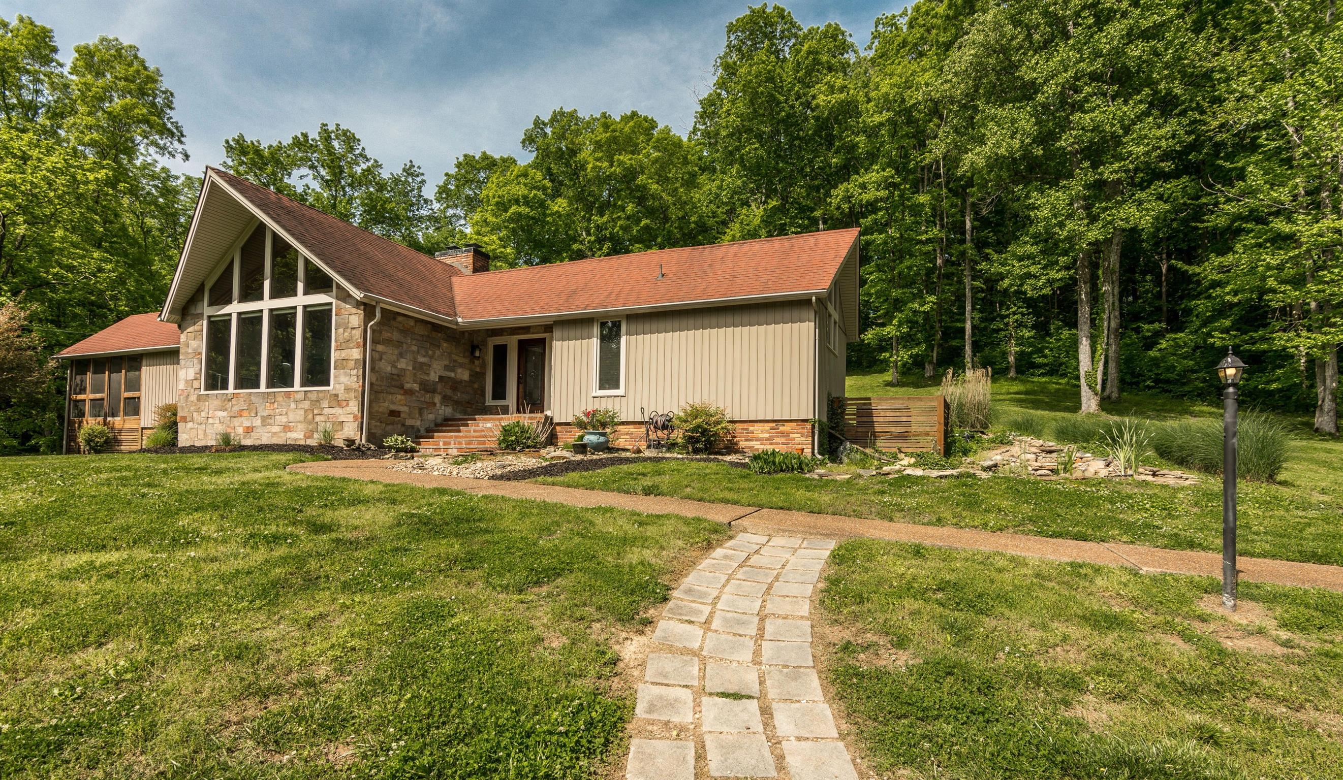 2861 New Hope Rd, Hendersonville in Sumner County County, TN 37075 Home for Sale