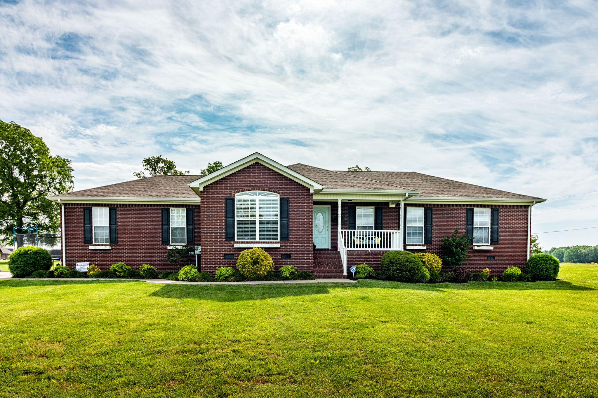 100 Presley Cir Mount Pleasant, TN 38474