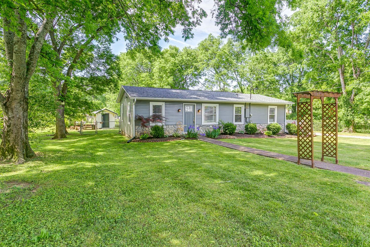 103 Plumlee Ct, Hendersonville in Sumner County County, TN 37075 Home for Sale