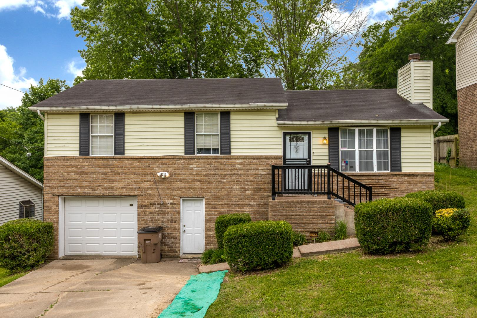 1104 Rural Hill Rd, Nashville-Antioch in Davidson County County, TN 37013 Home for Sale