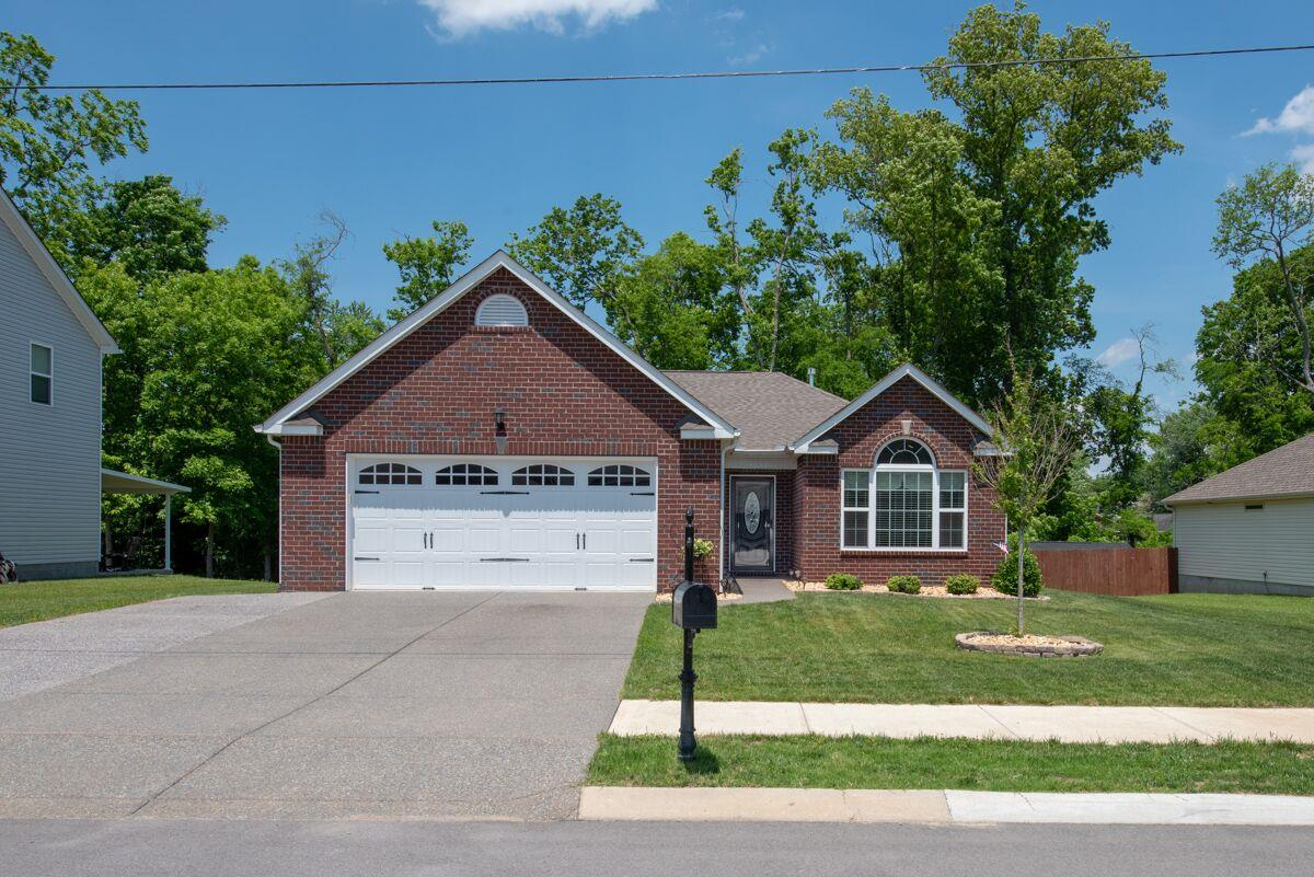 228 Leah Ct, Gallatin in Sumner County County, TN 37066 Home for Sale