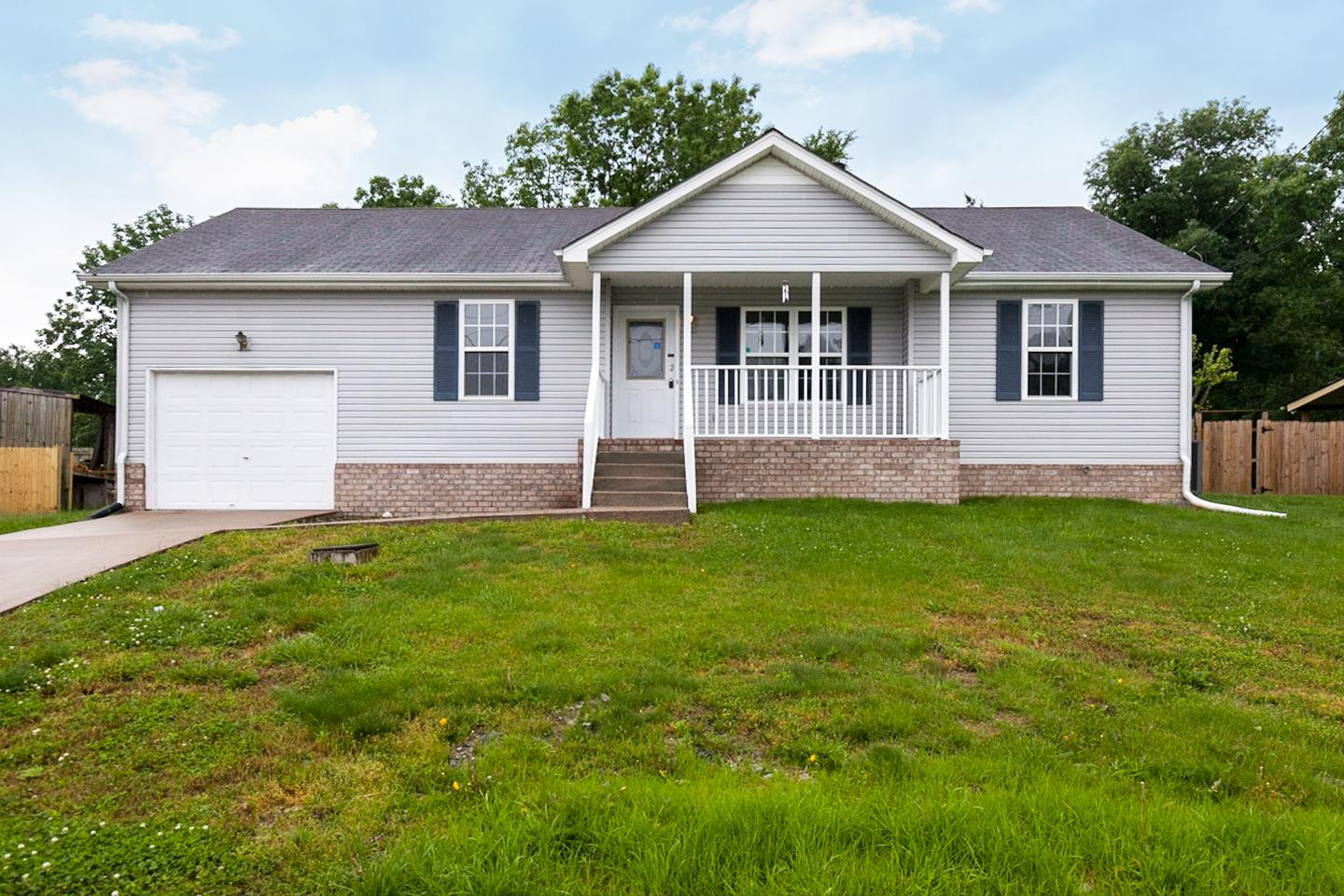 1909 Peaceful Brook Ct, Nashville-Antioch in Davidson County County, TN 37013 Home for Sale
