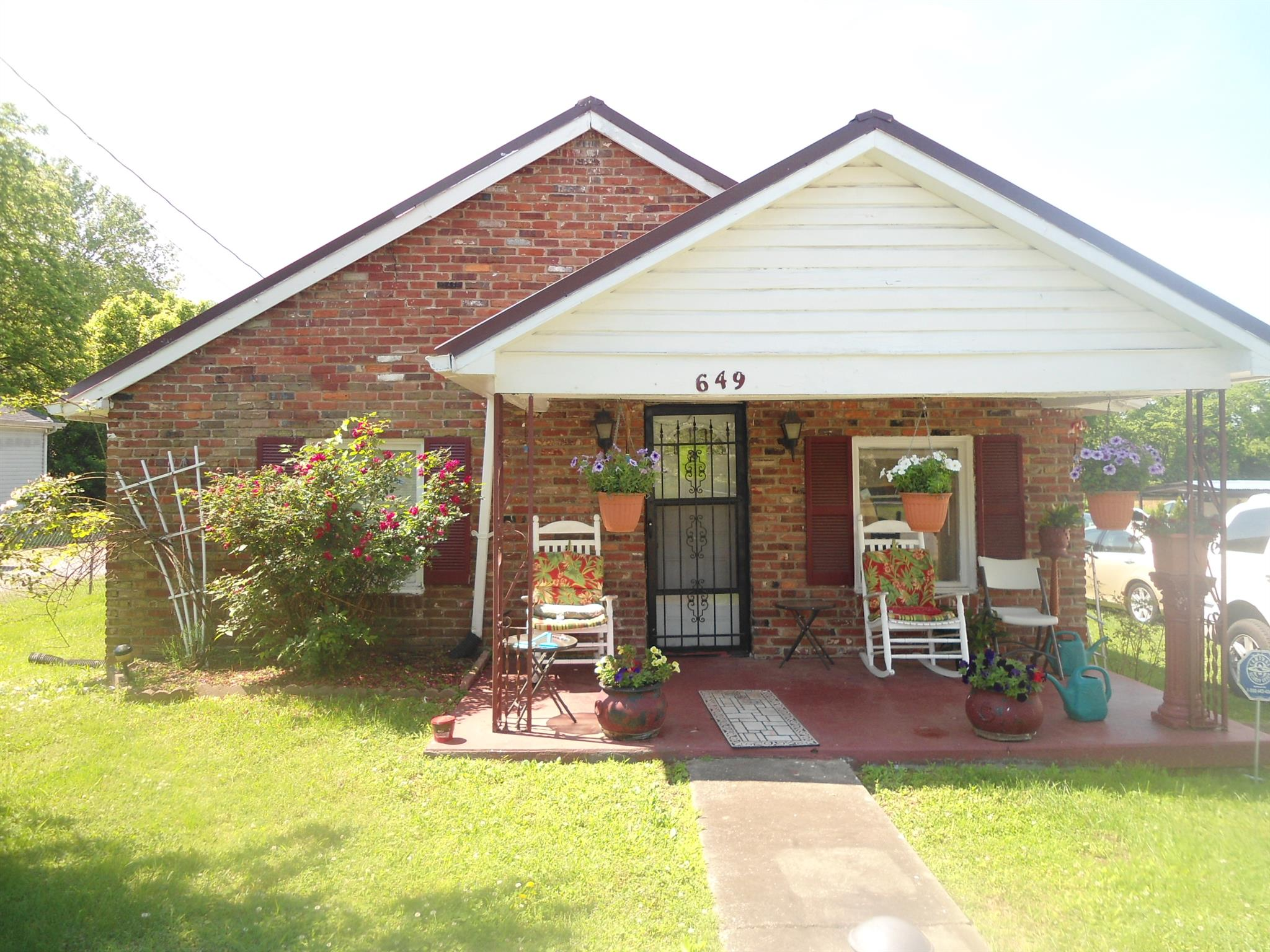 649 W Eastland St, Gallatin in Sumner County County, TN 37066 Home for Sale