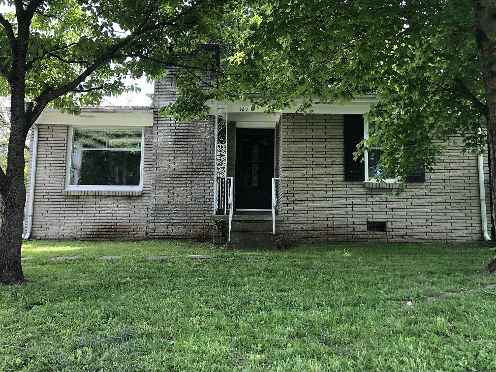 125 Juanita Ave, Gallatin in Sumner County County, TN 37066 Home for Sale