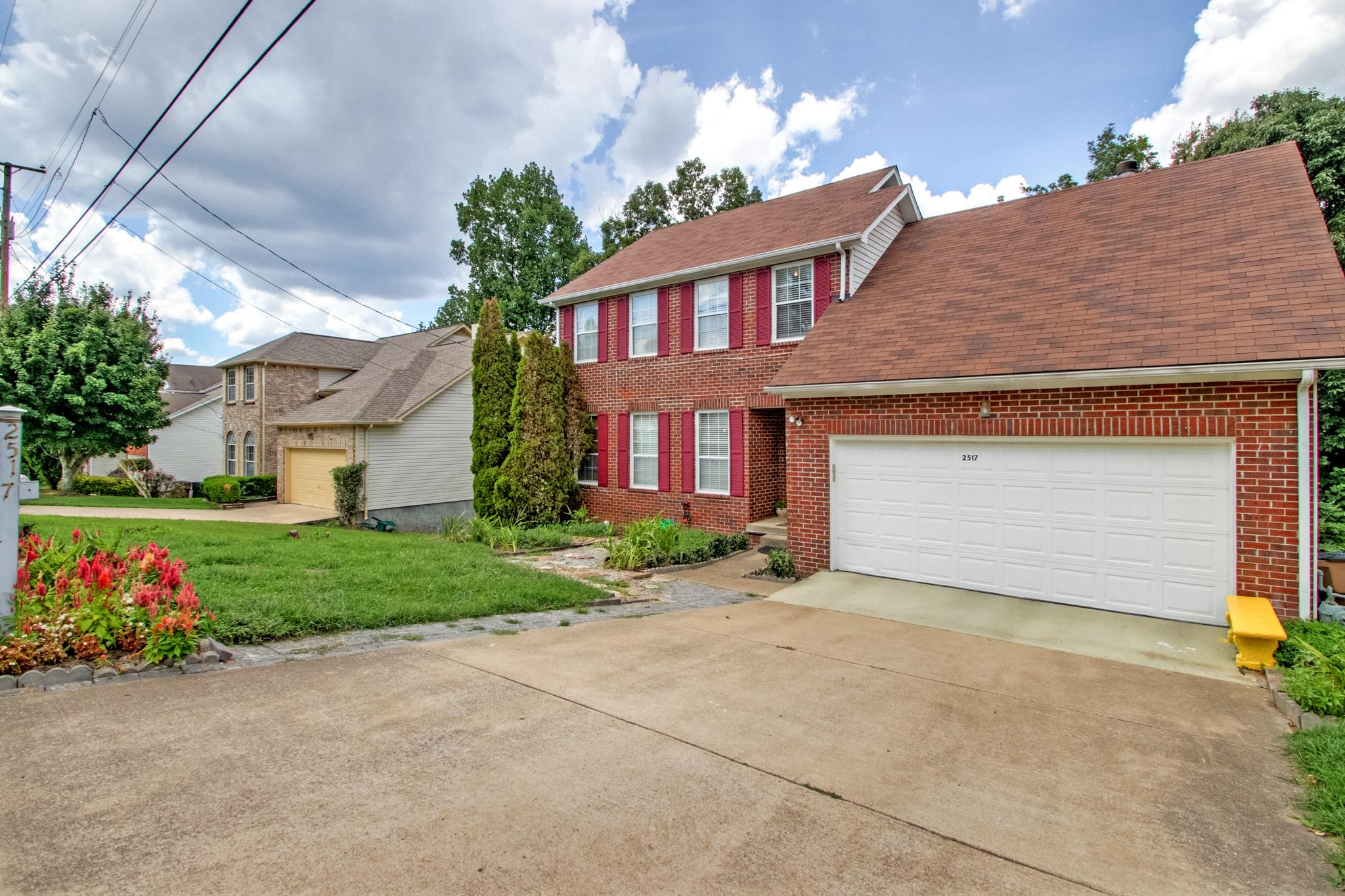 2517 Oak Forest Dr, Nashville-Antioch in Davidson County County, TN 37013 Home for Sale