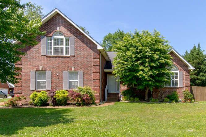 726 Shady Grove Dr, Murfreesboro, Tennessee