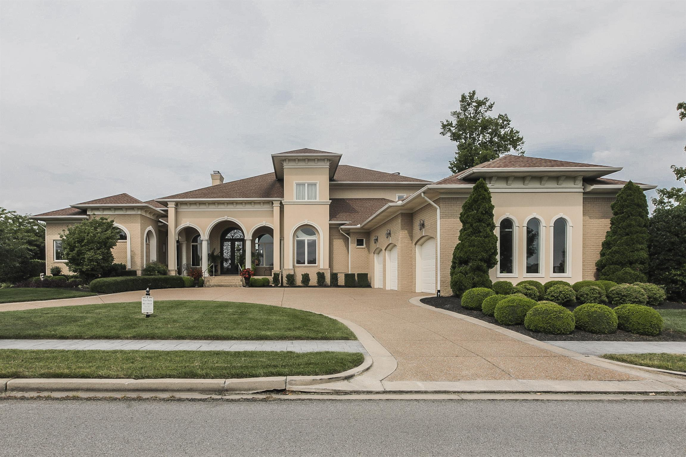 1110 Plantation Blvd, one of homes for sale in Gallatin