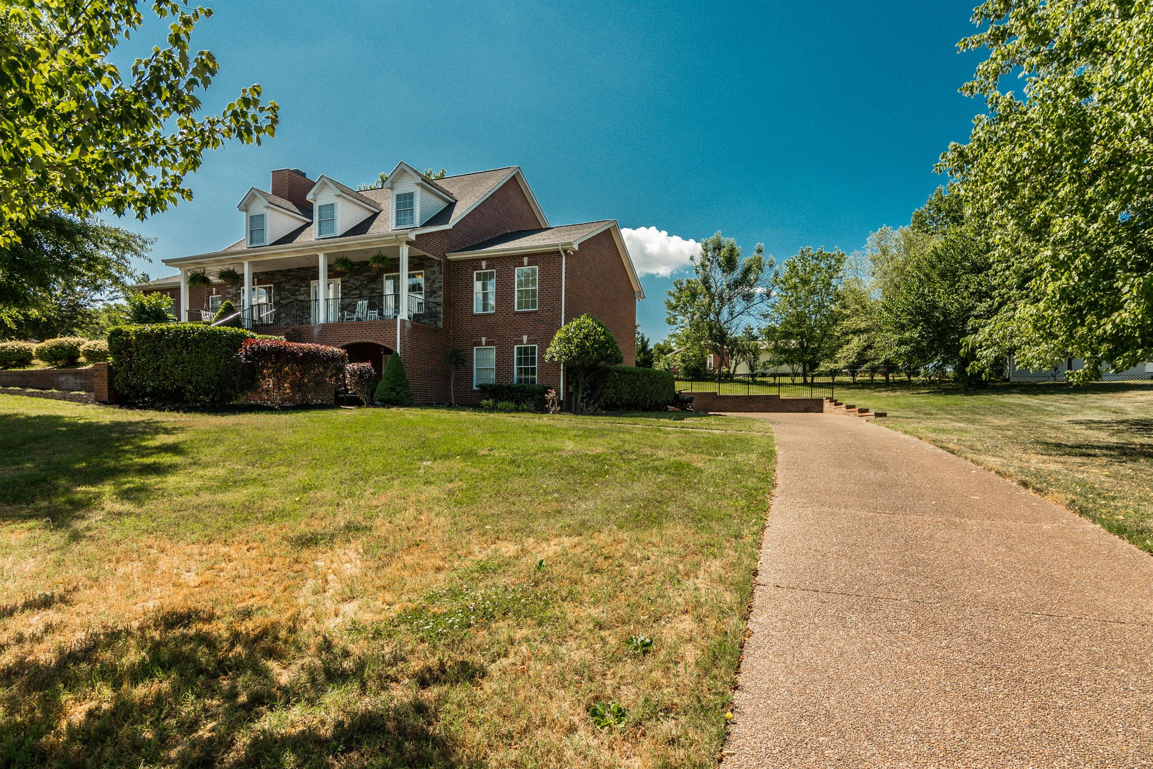 1106 Anderson Rd, Hendersonville, Tennessee