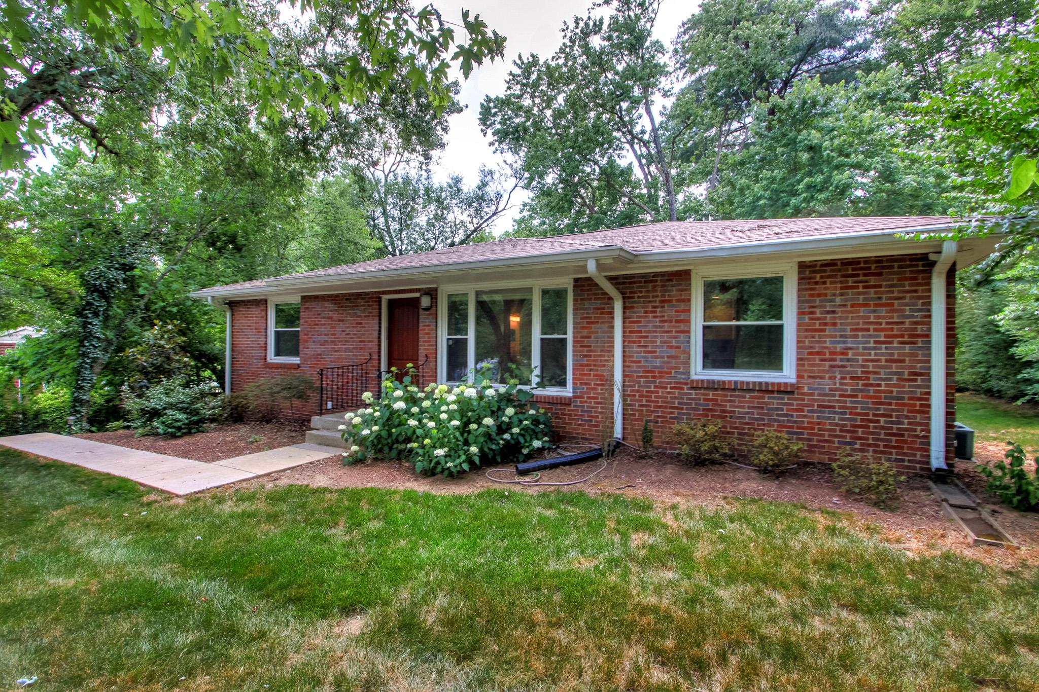 5023 Manuel Dr, Crieve Hill, Tennessee 3 Bedroom as one of Homes & Land Real Estate