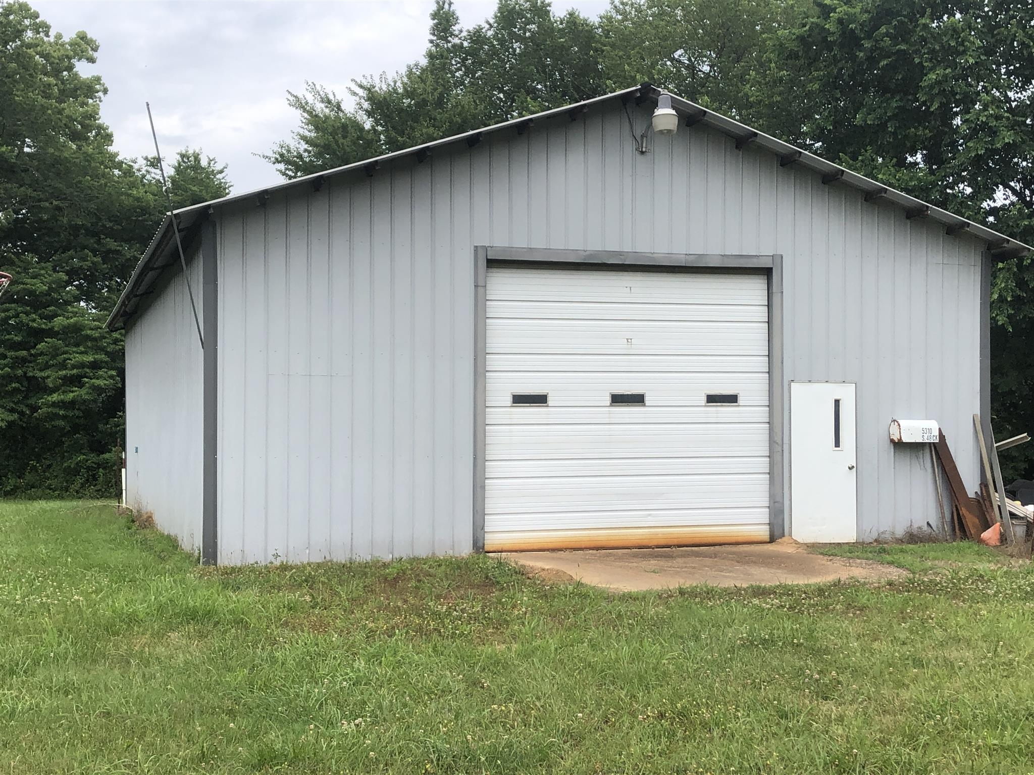 5310 S Forty Eight Creek Rd Waynesboro, TN 38485