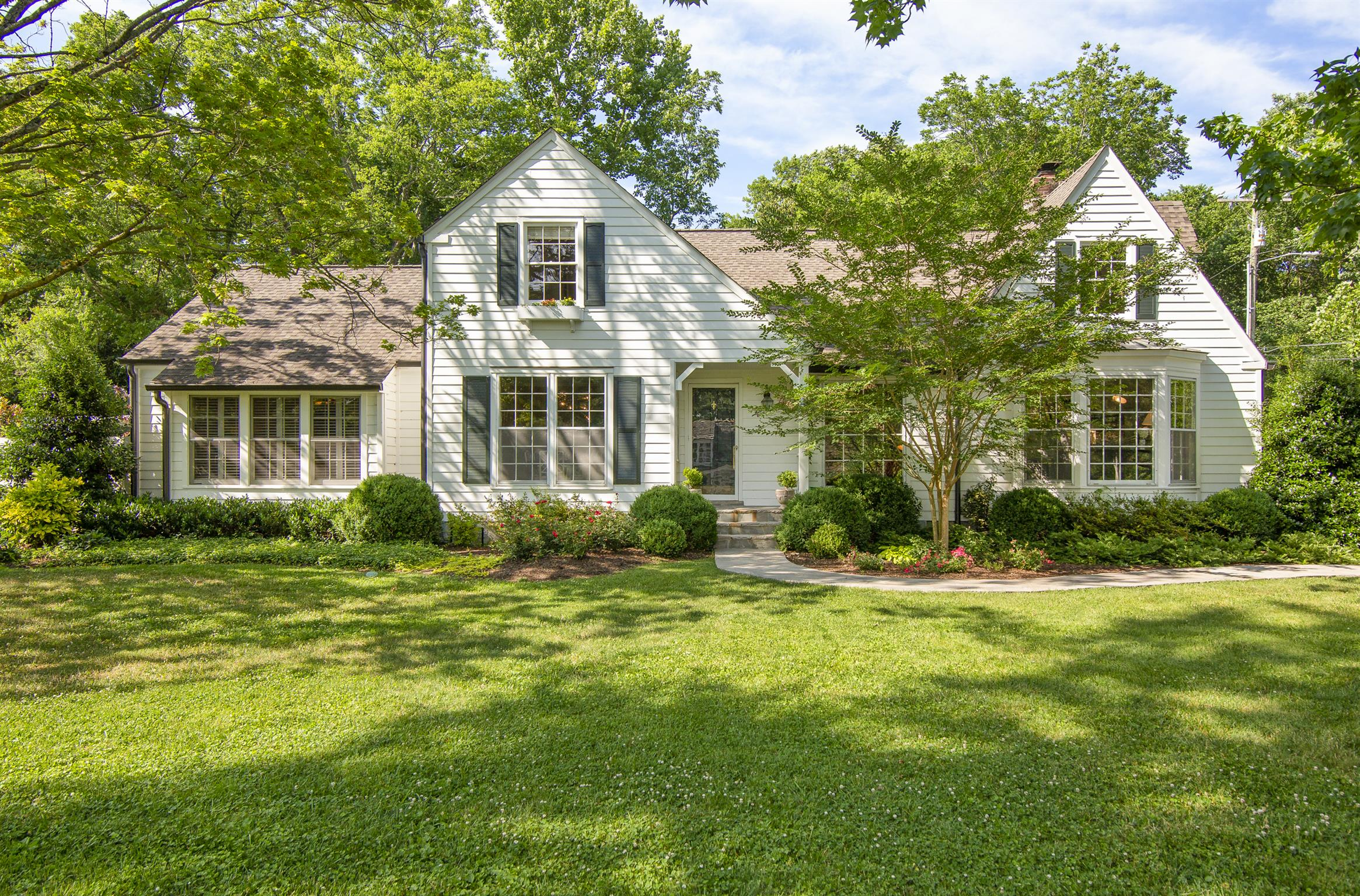 214 Scotland Pl, Belle Meade, Tennessee
