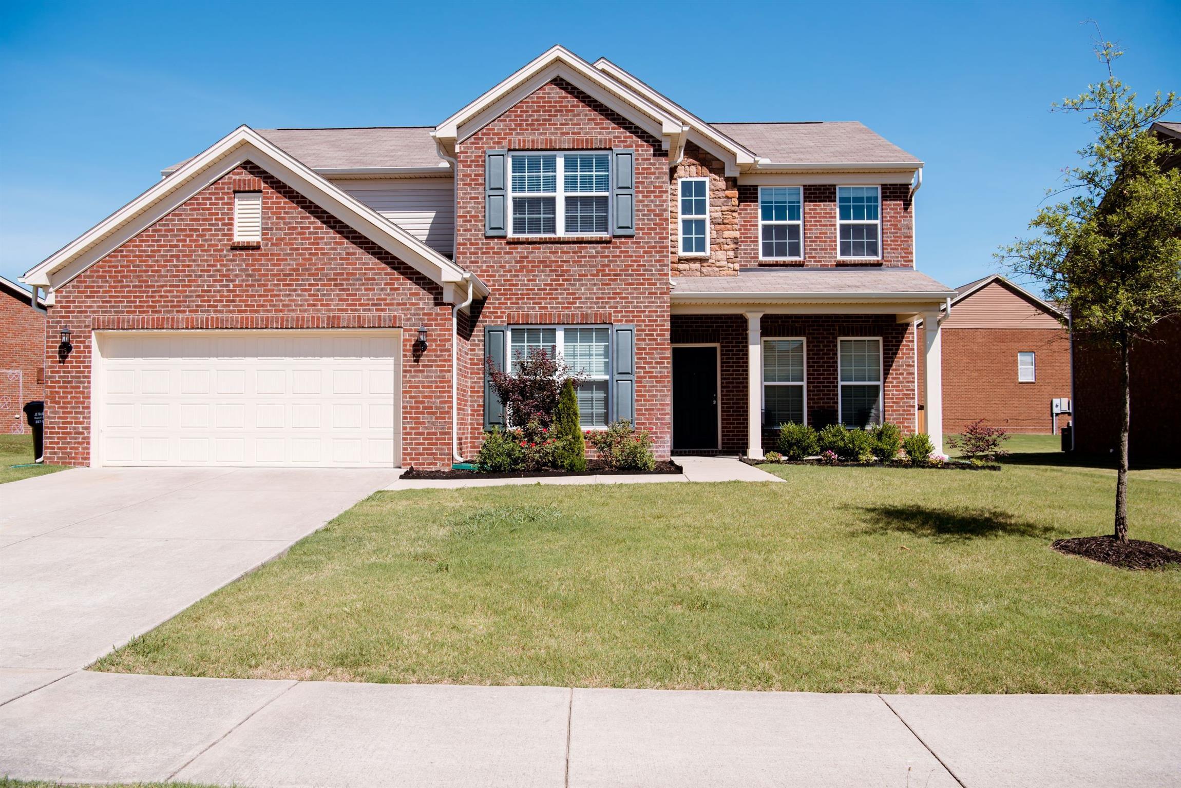1014 Merrick Rd 37075 - One of Hendersonville Homes for Sale
