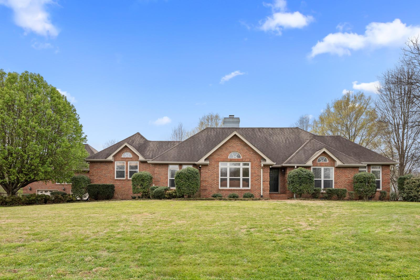 1013 Heritage Woods Dr, Hendersonville, Tennessee