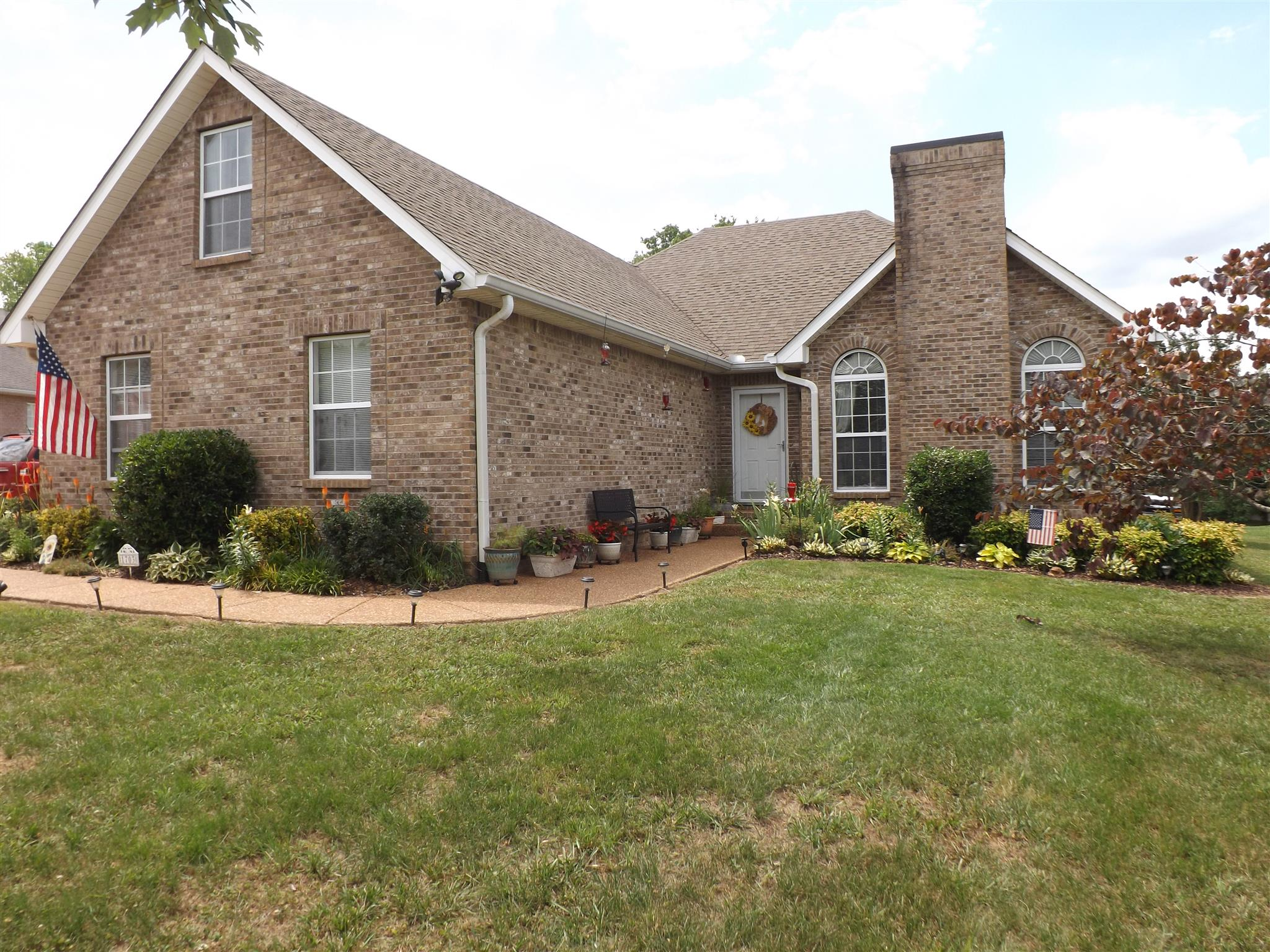 1703 Quail Cir, Spring Hill in Maury County County, TN 37174 Home for Sale