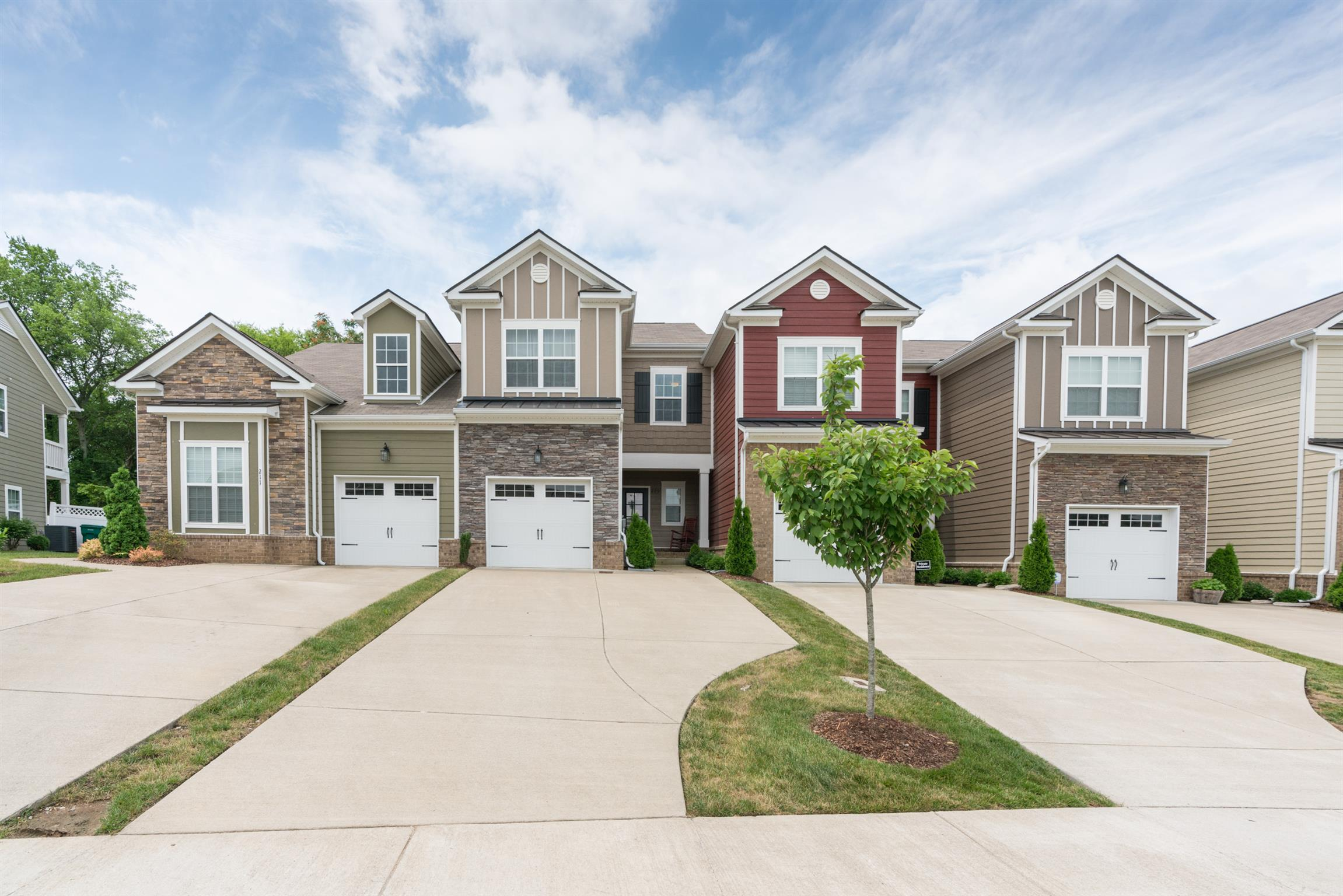 209 Shirebrook Cir, Spring Hill, Tennessee