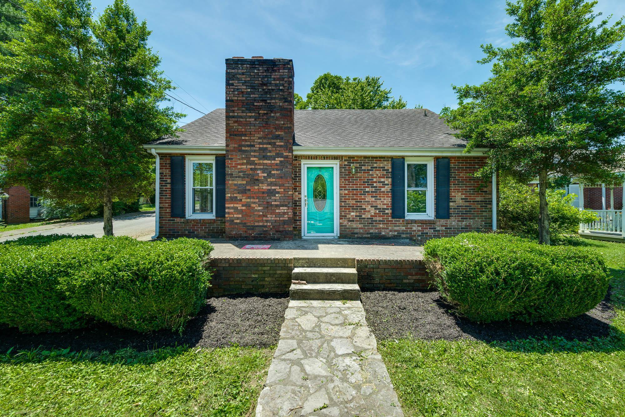 314 Jackson Ave Carthage, TN 37030